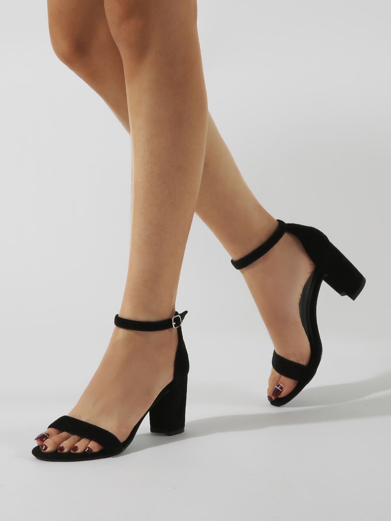 Minimalist Ankle Strap Chunky Heeled Sandals thumbnail