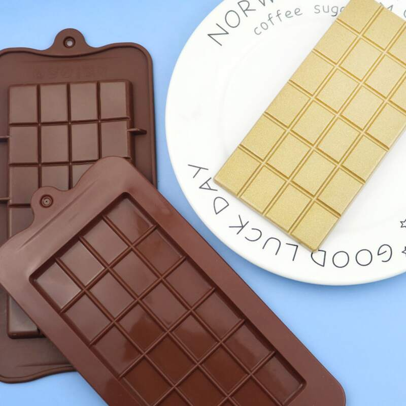 1pc 24 Grid Chocolate Mold, Brown