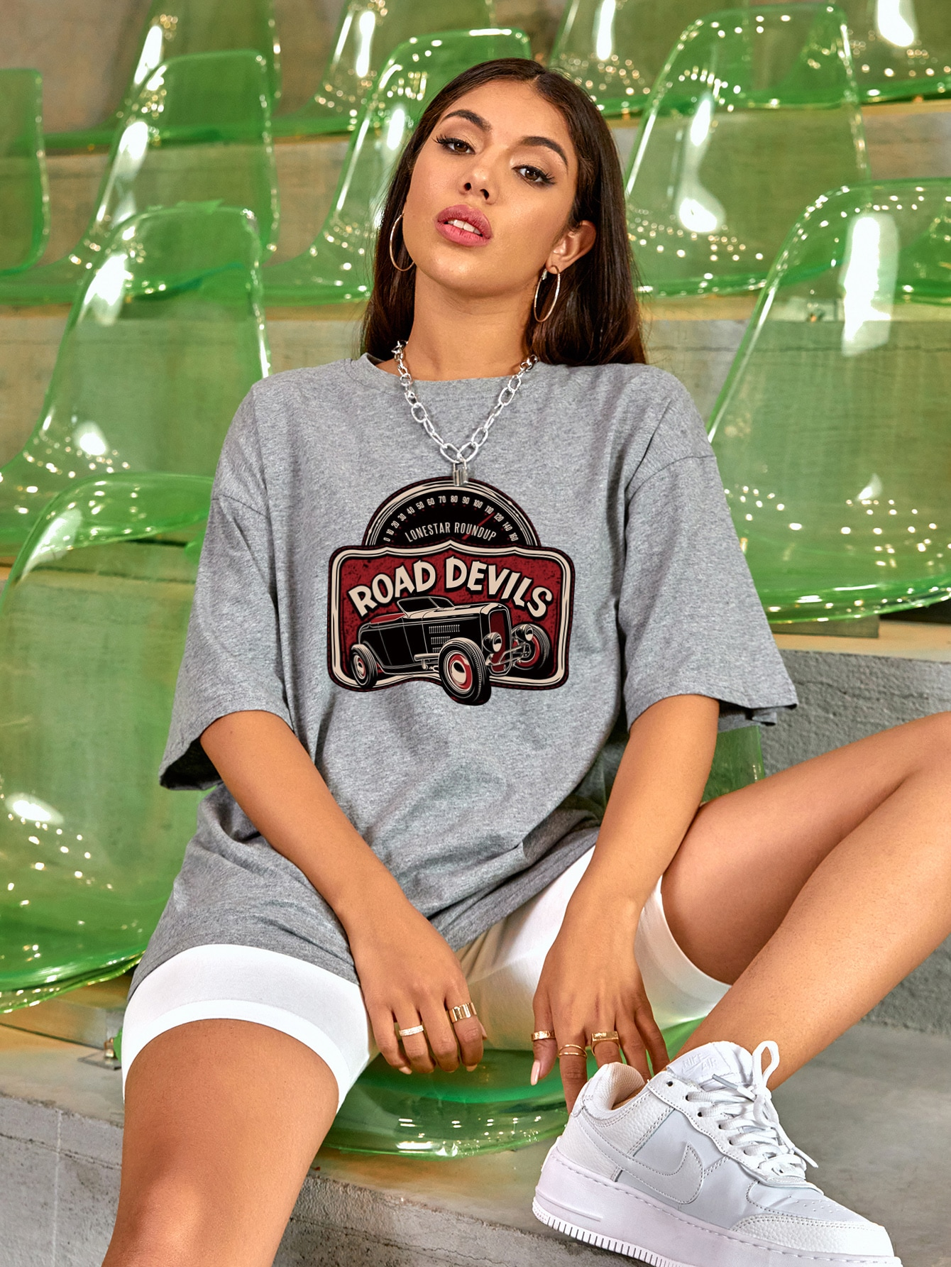 Drop Shoulder Letter Graphic Oversized Tee thumbnail