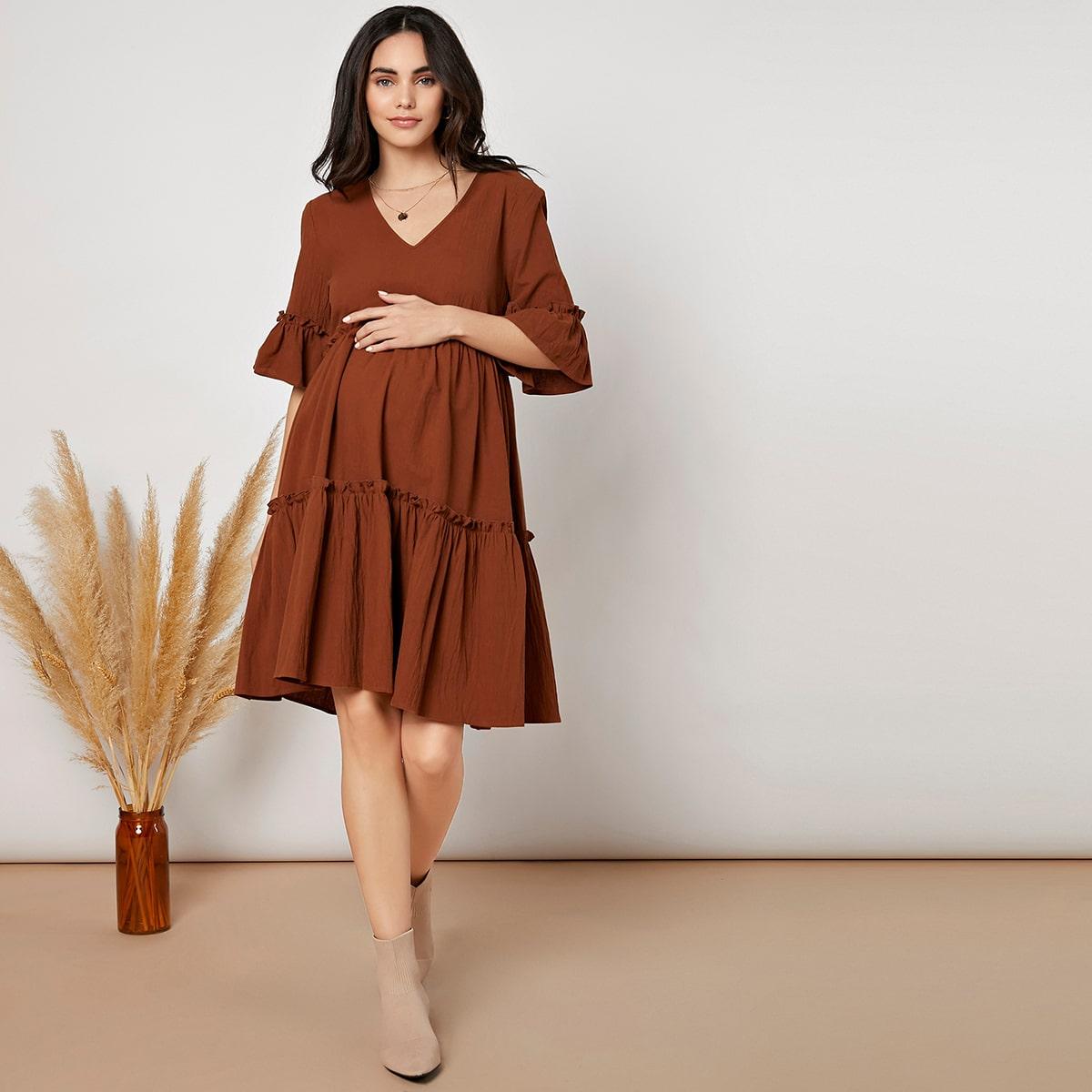 Umstandsmode Kleid mit Schößchenärmeln und Rüschen