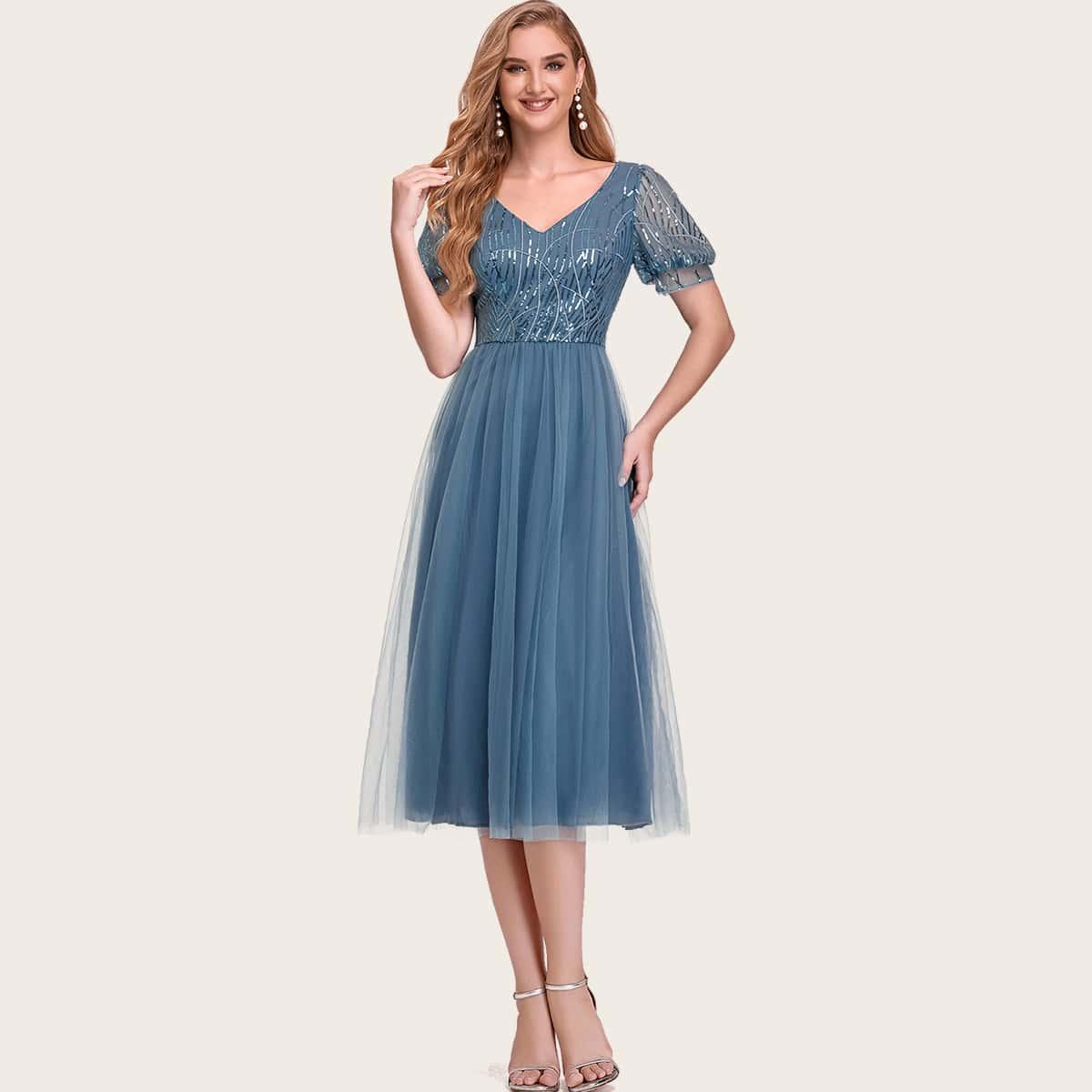 Сетчатое платье с пышным рукавом
