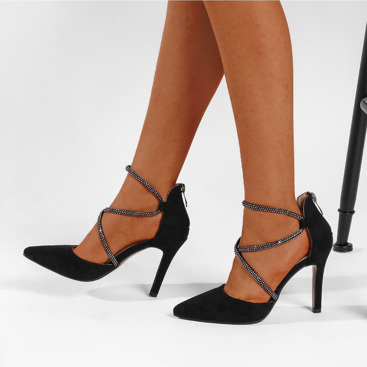 Замшевые туфли на высоком каблуке со стразами от SHEIN