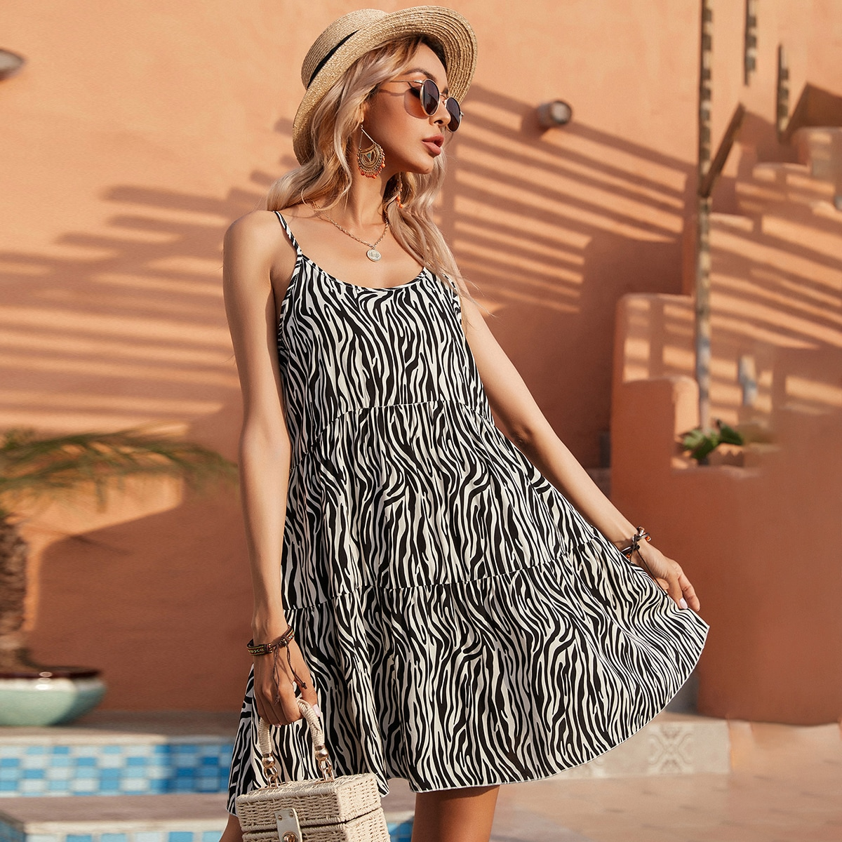 С оборками в полоску зебры Повседневный Платье
