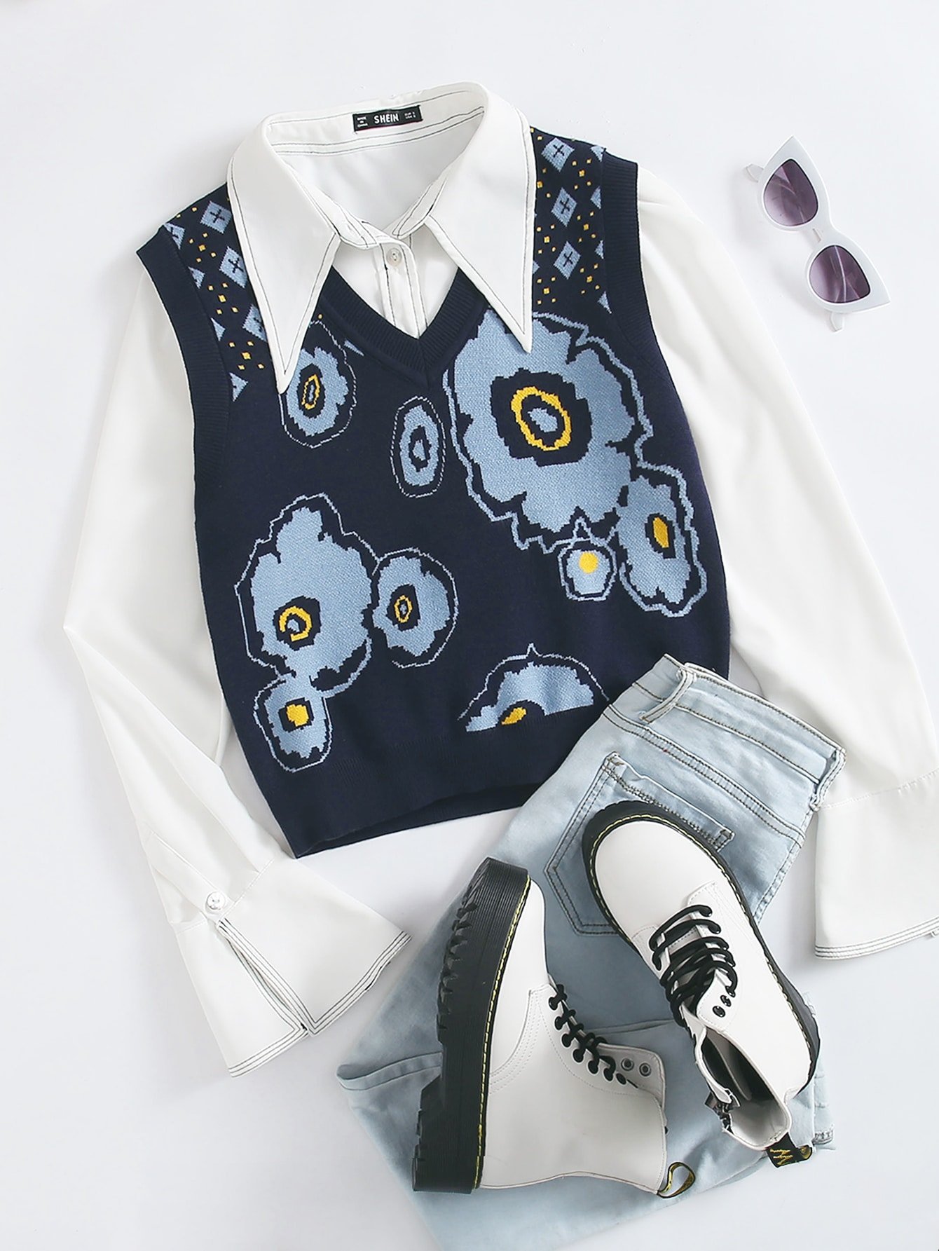 Floral & Geo Pattern Sweater Vest Without Blouse thumbnail