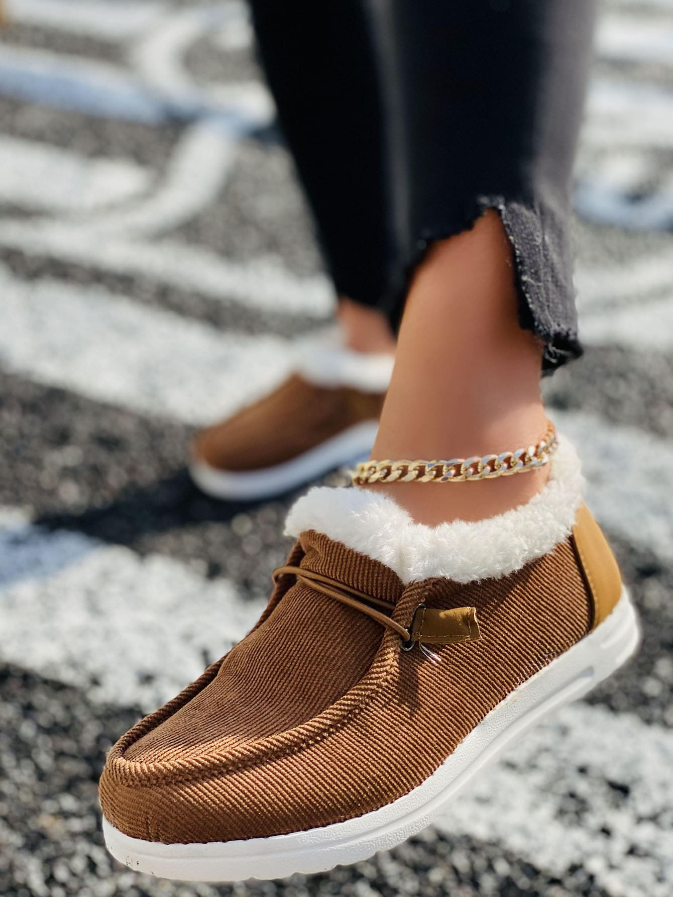 Plush Lined Corduroy Snow Boots