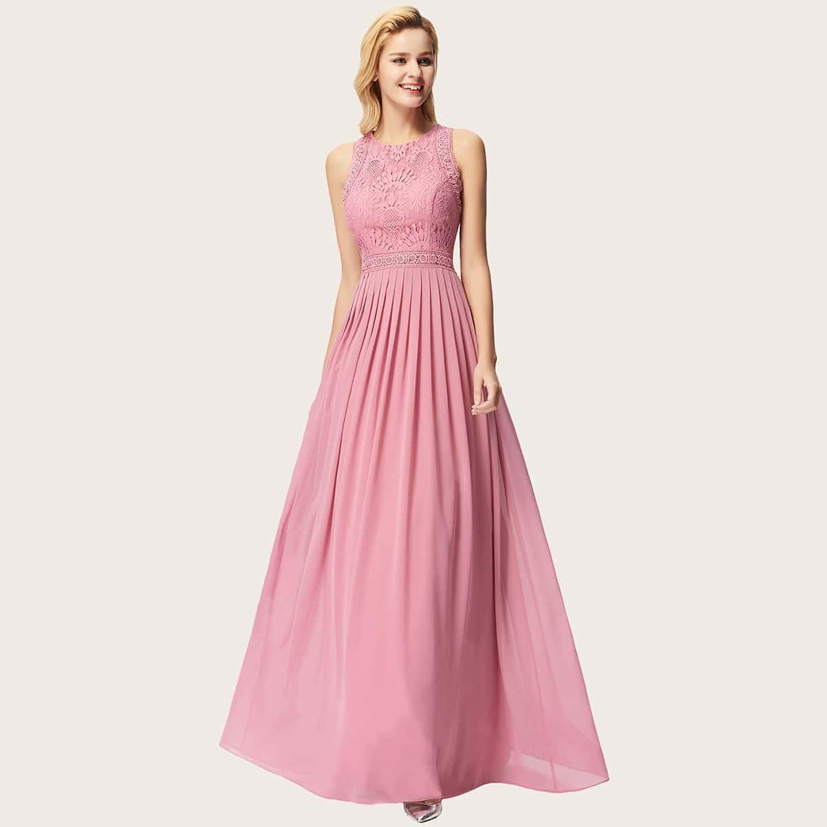 Кружевное плиссированное расклешенное платье