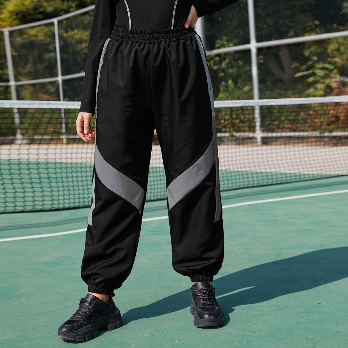 Спортивные брюки оверсайз со вставками