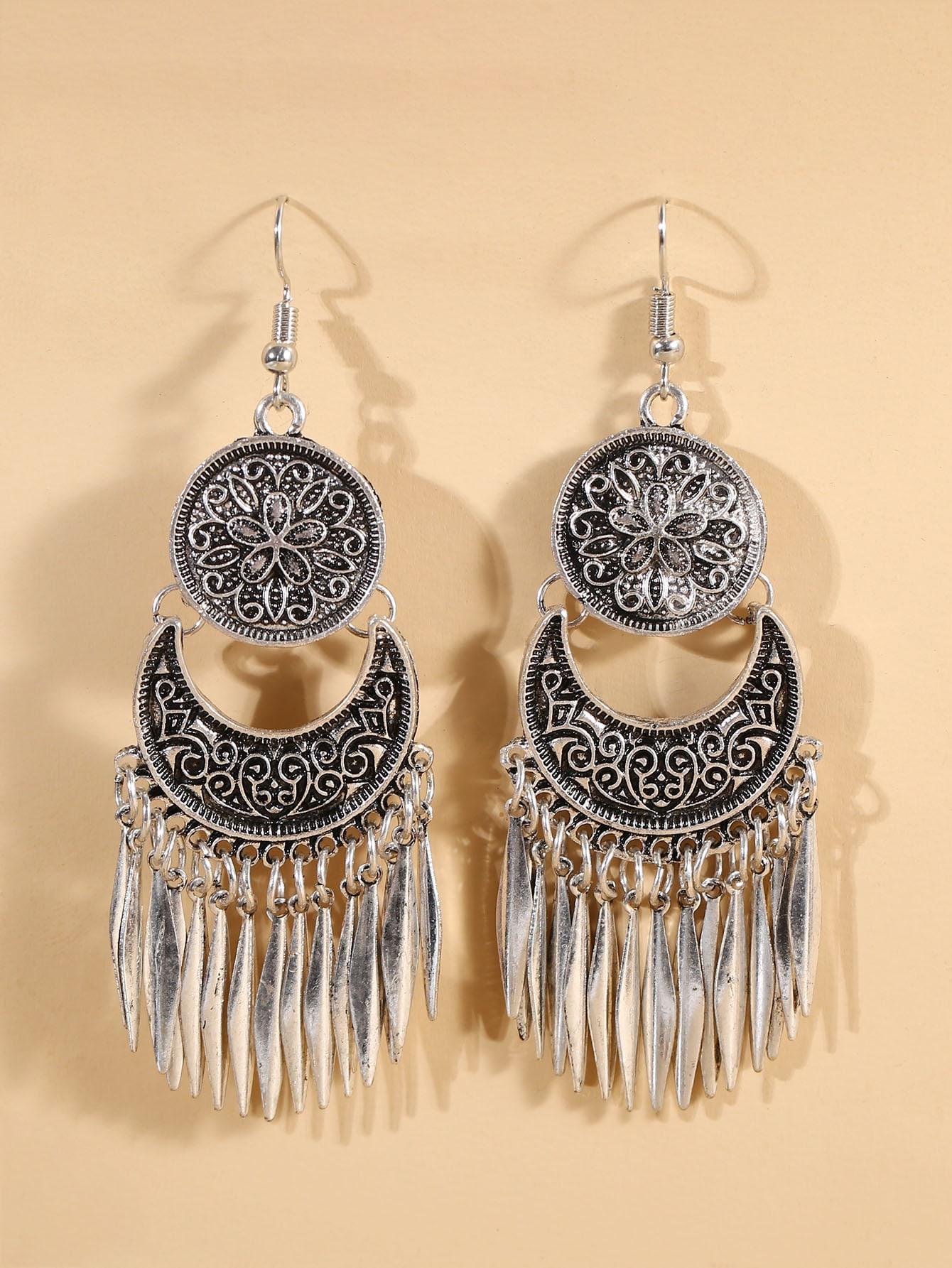 Metal Tassel Charm Drop Earrings thumbnail