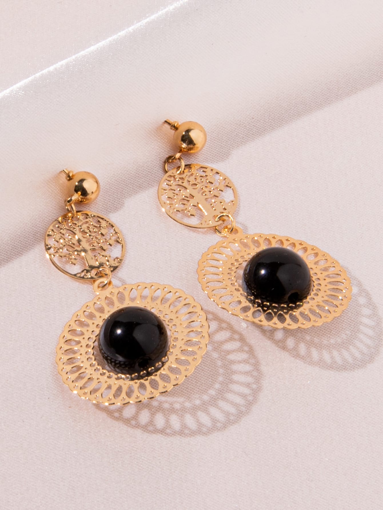 Bead Decor Hollow Out Round Drop Earrings thumbnail