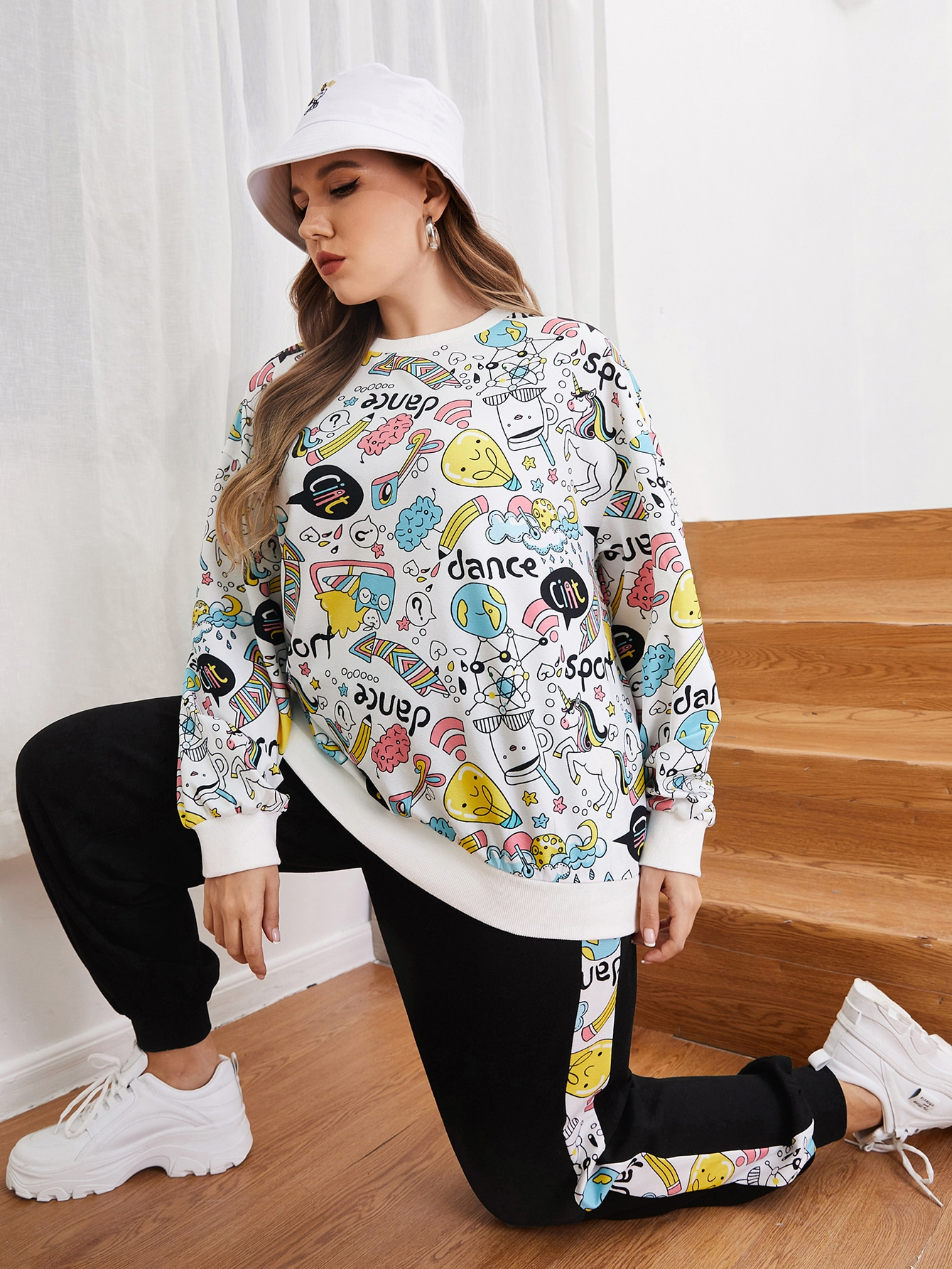 Plus Cartoon Graphic Pullover and Joggers Set thumbnail