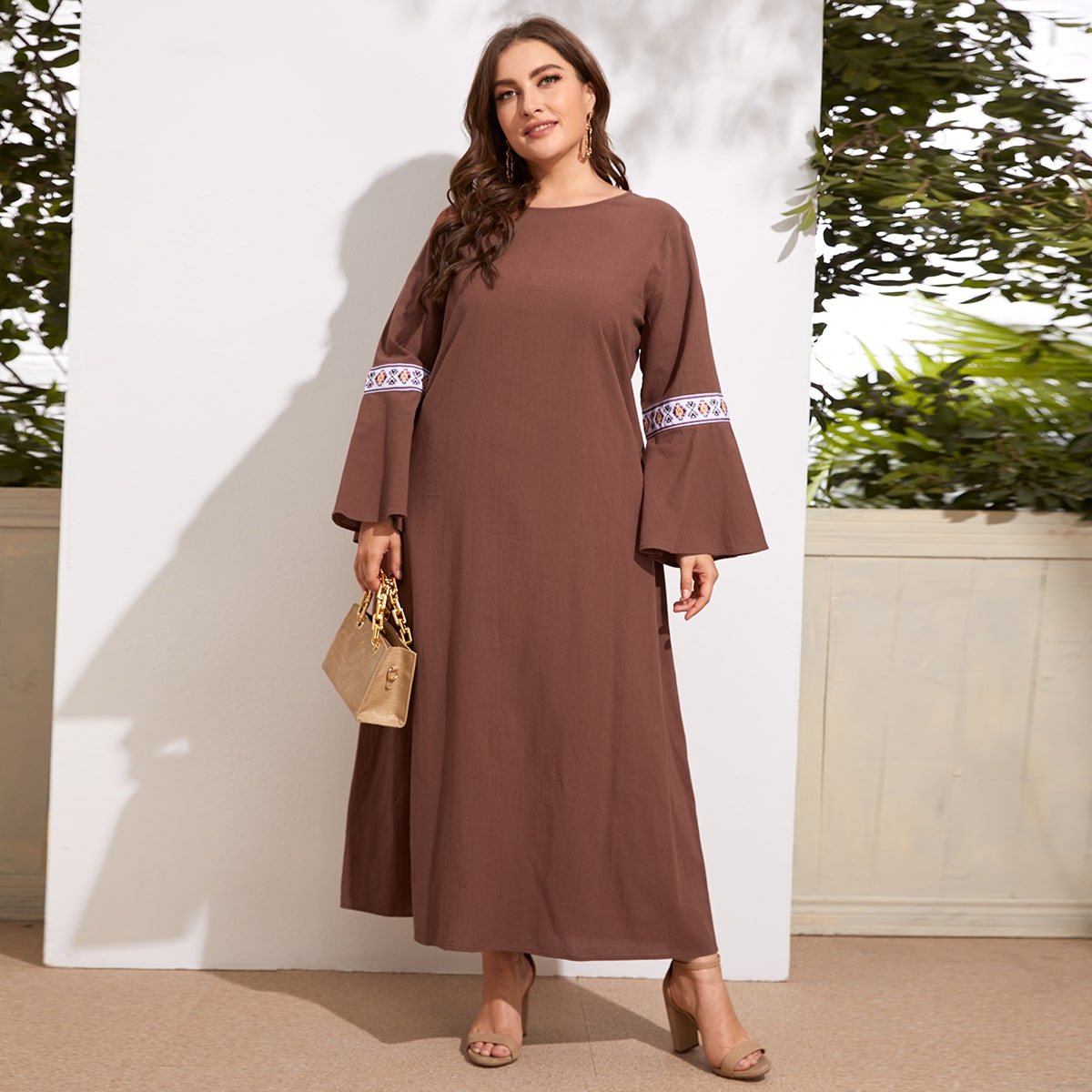 Вышивка Геометрический Повседневный Платья размер плюс