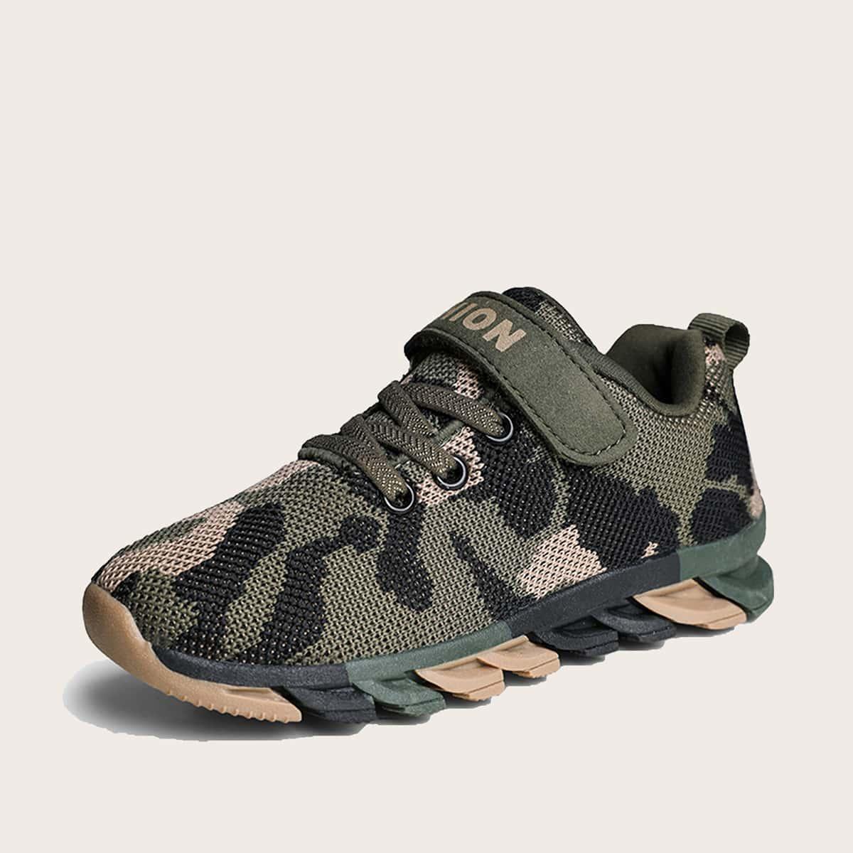 Кроссовки с камуфляжным принтом для мальчиков SheIn skshoes03201201853