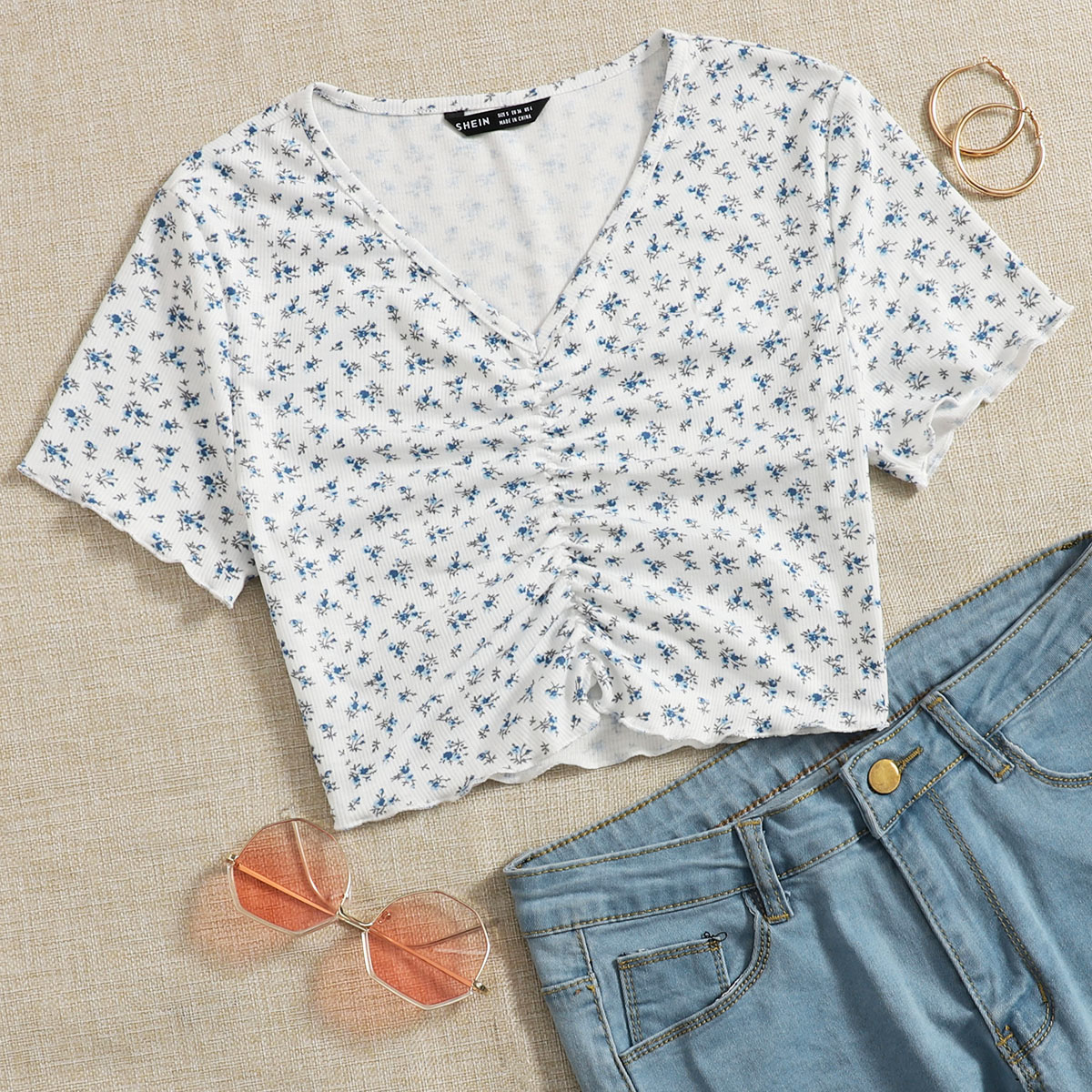 Ditsy Floral Ruched Detail Tee