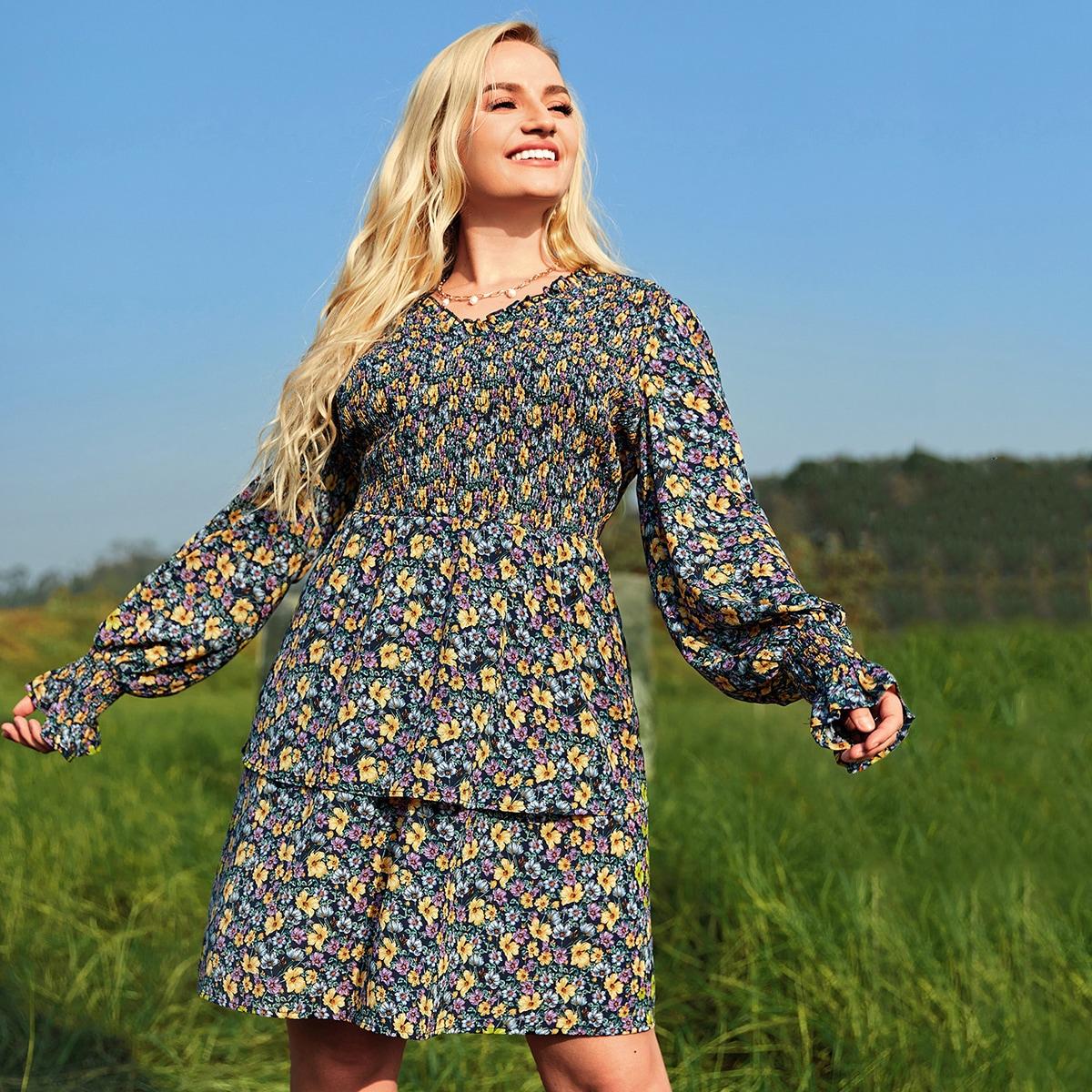 Платье размера плюс с цветочным принтом без пояса