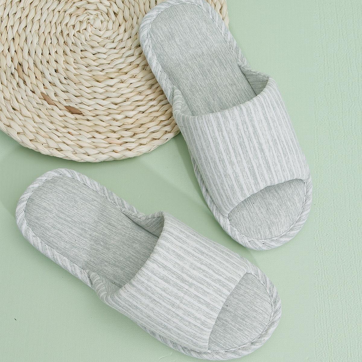 Мужские тапочки с открытым носком в полоску от SHEIN