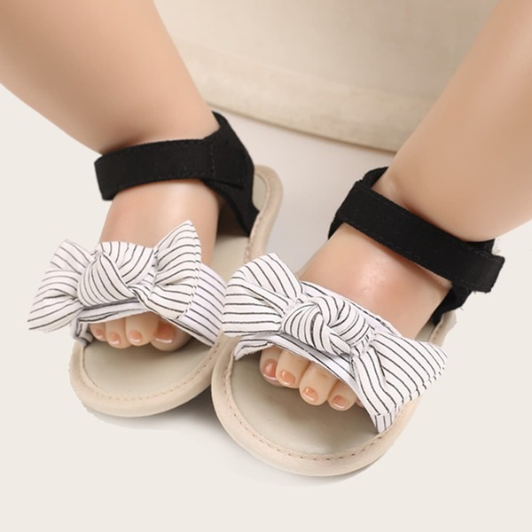 Baby Girl Striped Bow Decor Sandals, Black and white