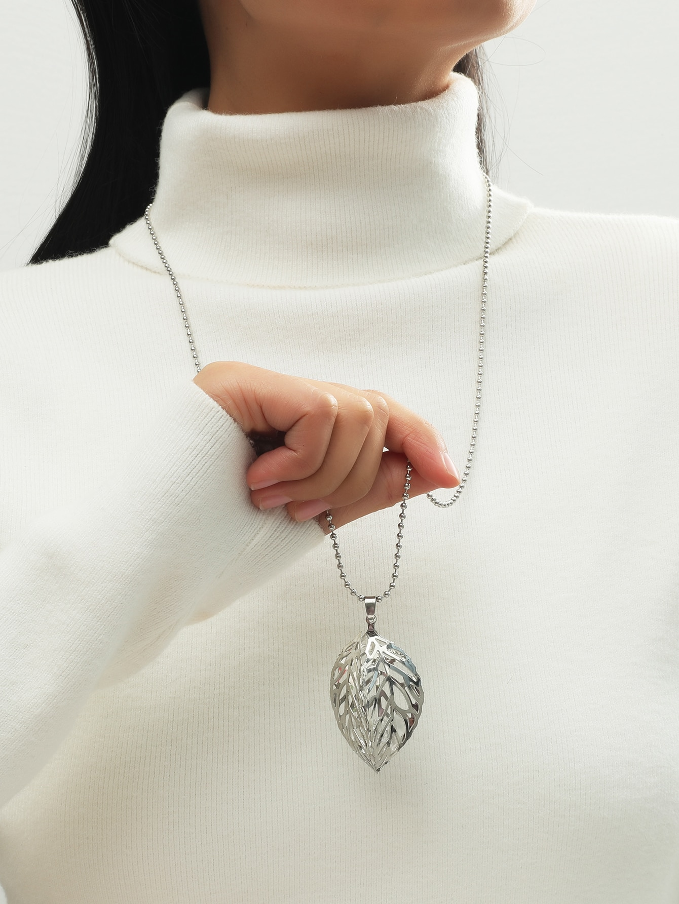Leaf Charm Necklace thumbnail