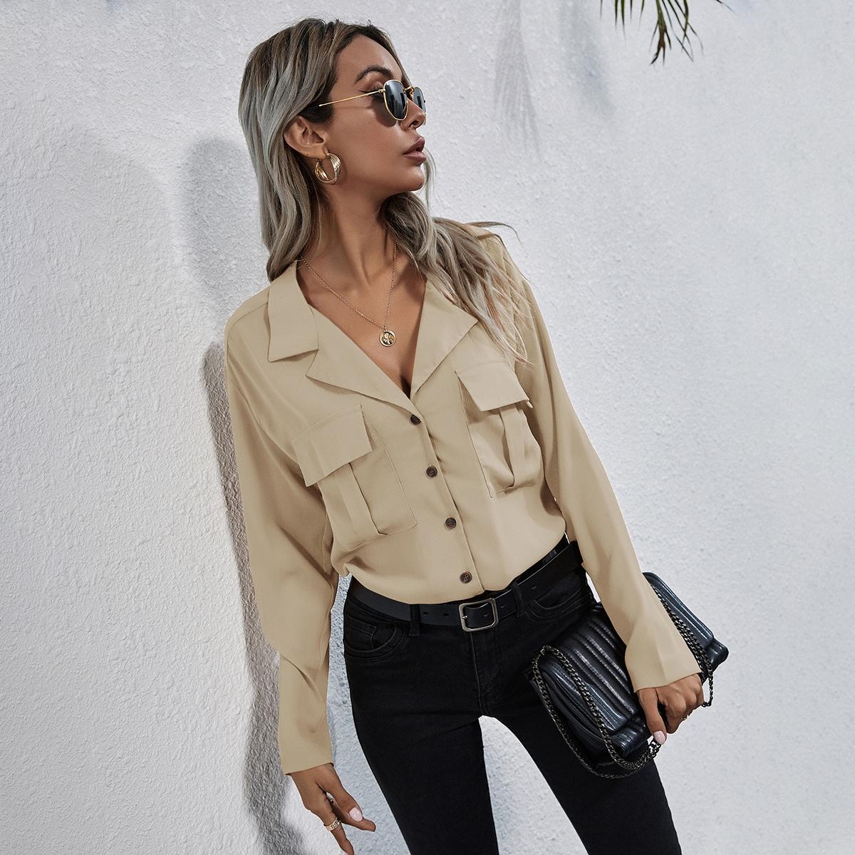 Блуза с пуговицами и карманом