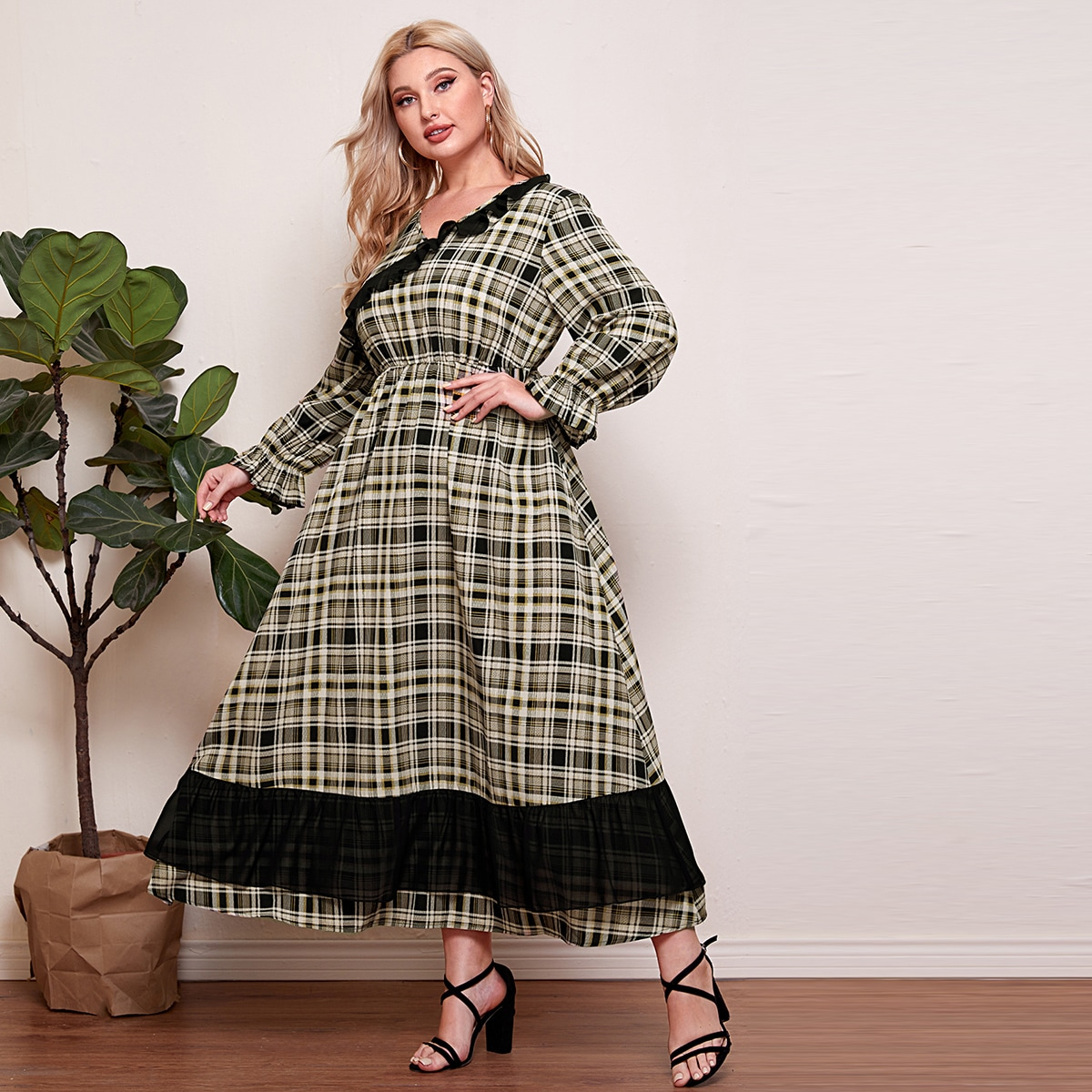 Plus Ruffle Trimed A-line Dress