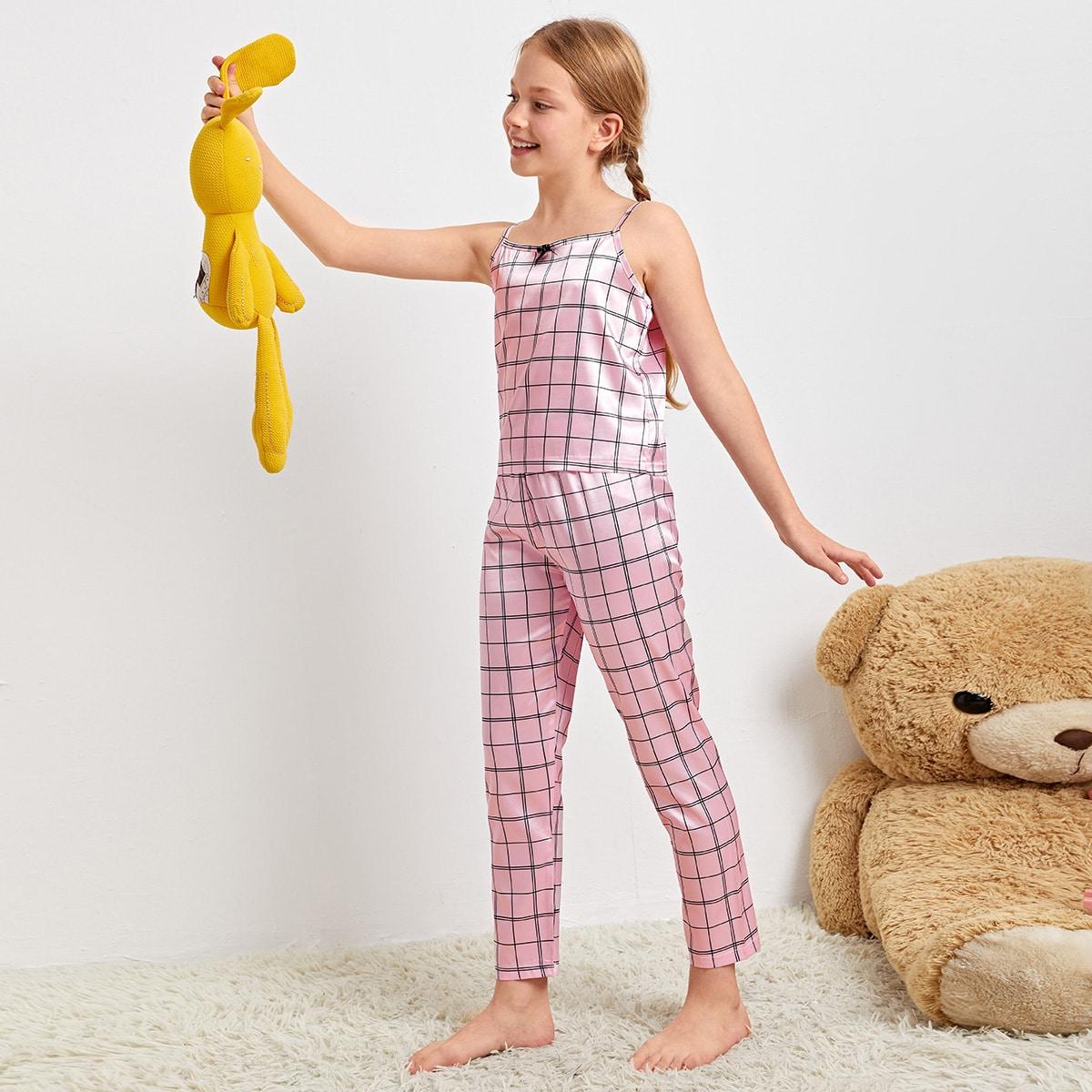 Conjunto de pijama de tirantes de cuadros con diseño de lazo de satén