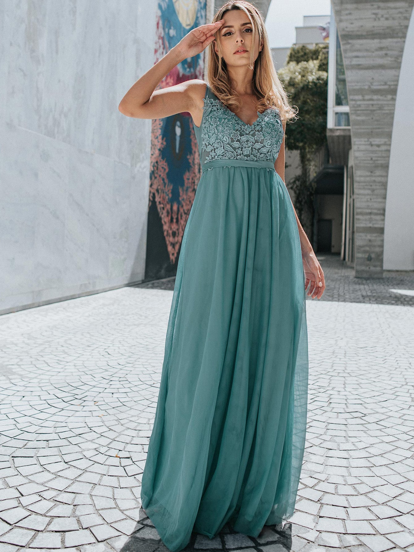 Floral Embroidery Appliques Mesh Prom Dress thumbnail