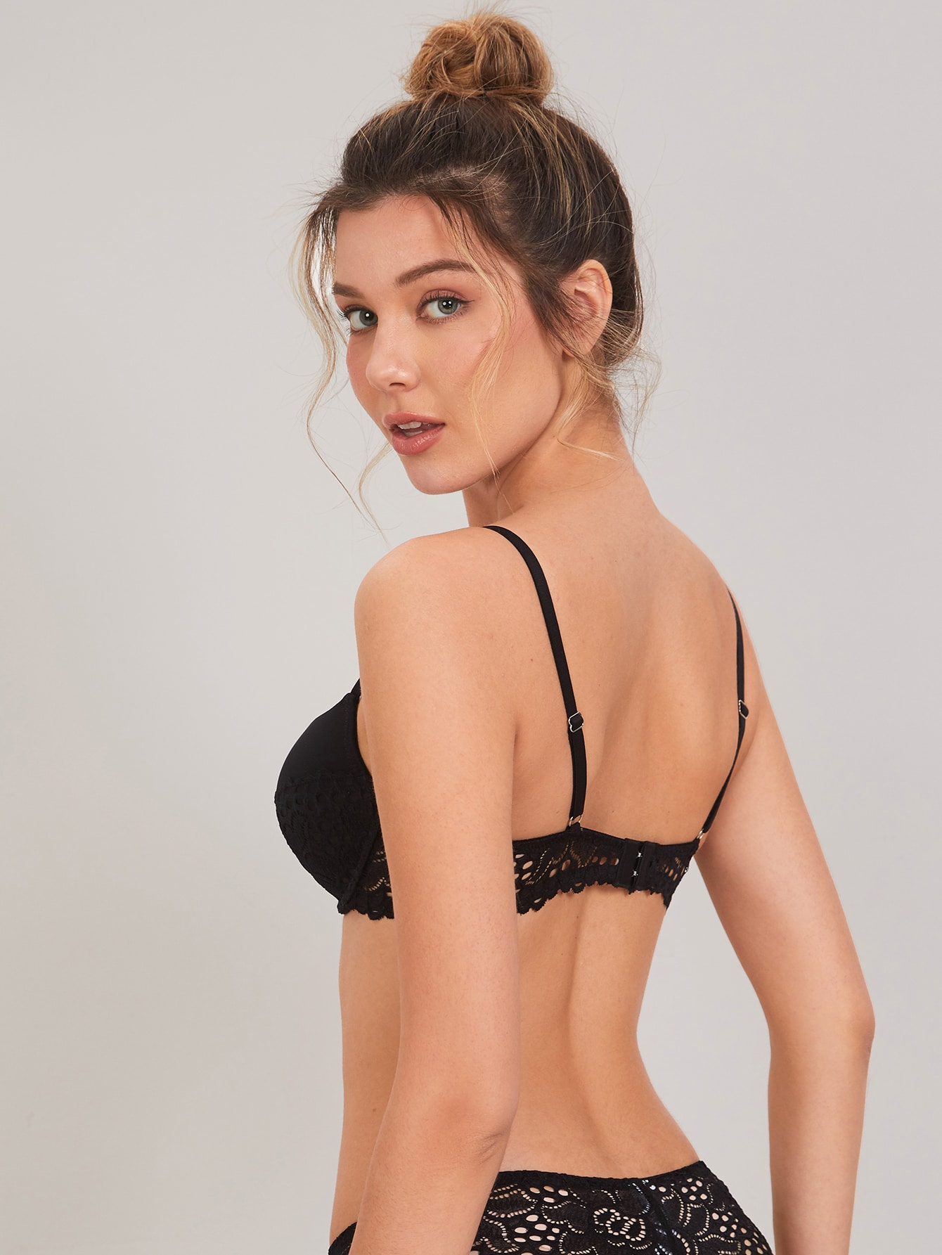 Contrast Lace Super Push Up Full Cup Bra