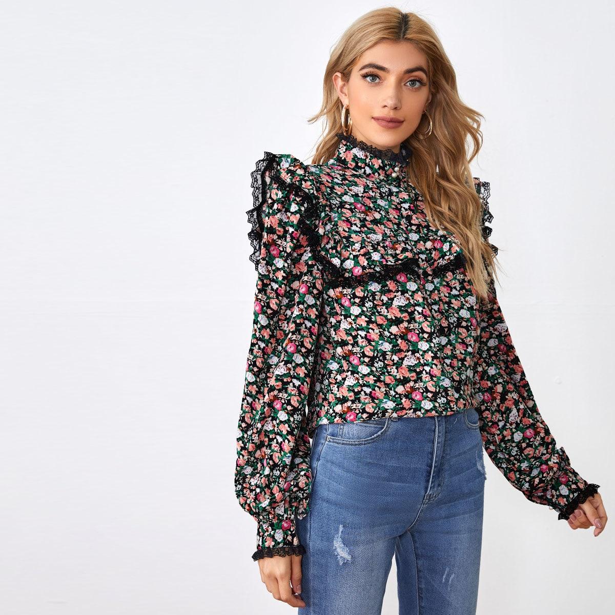 Блузка с цветочным принтом и кружевной отделкой