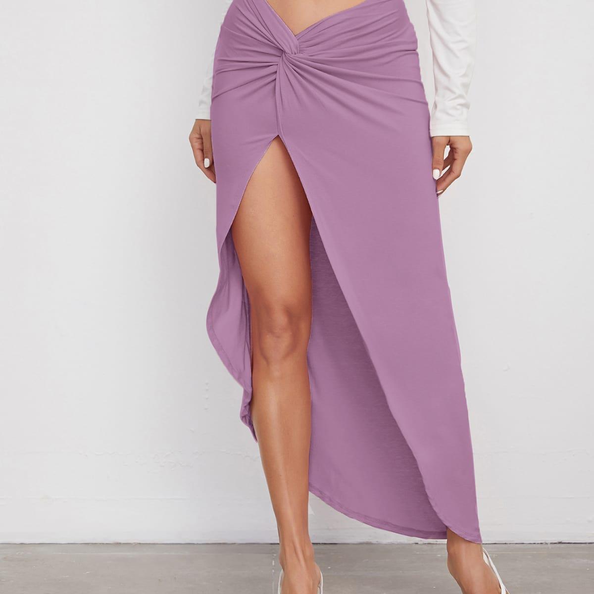 Однотонная юбка с разрезом