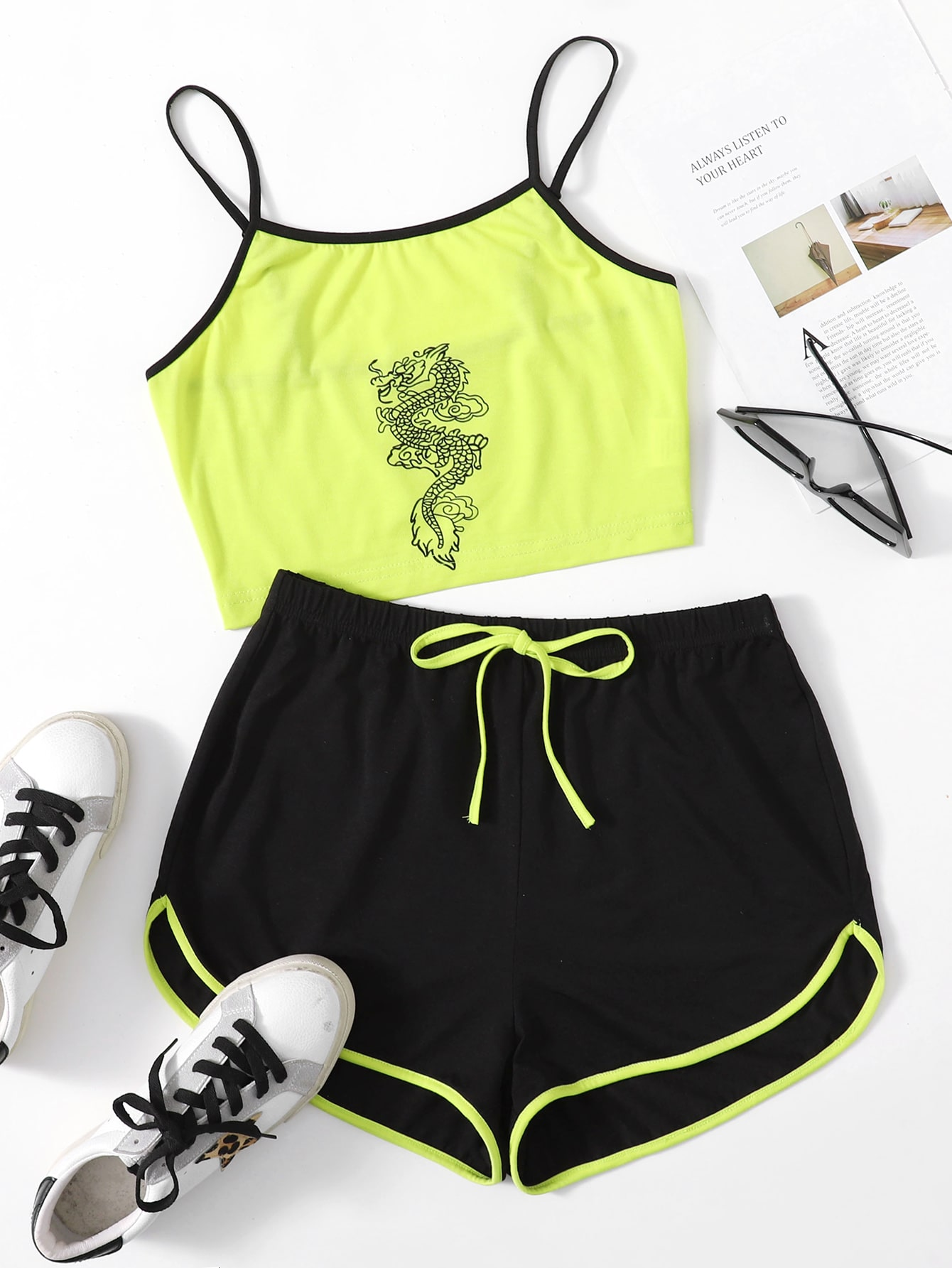 Dragon Print Contrast Binding Cami Top & Dolphin Shorts Set thumbnail