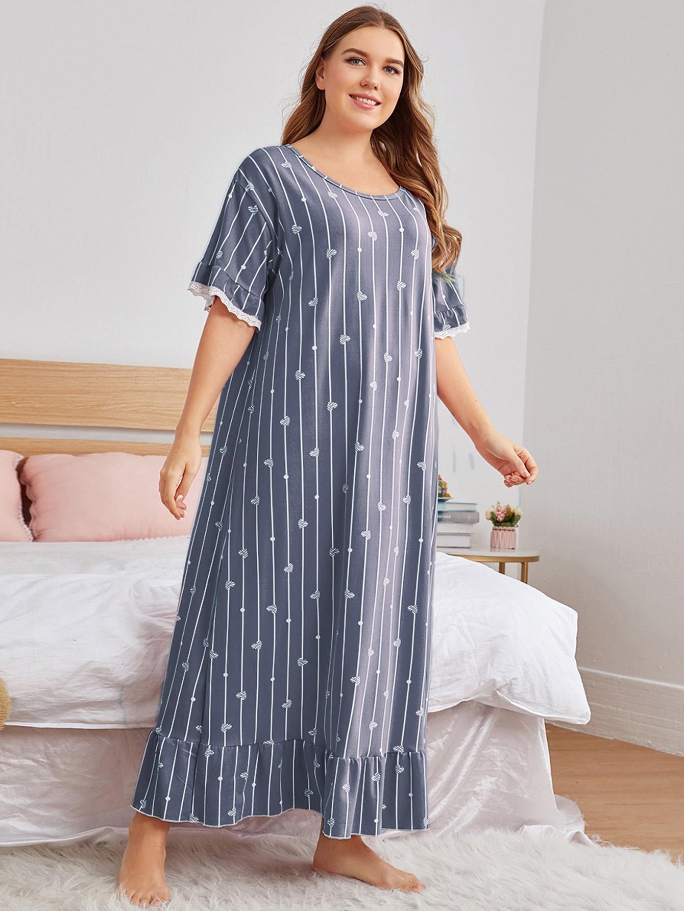 plus heart & striped print ruffle hem night dress