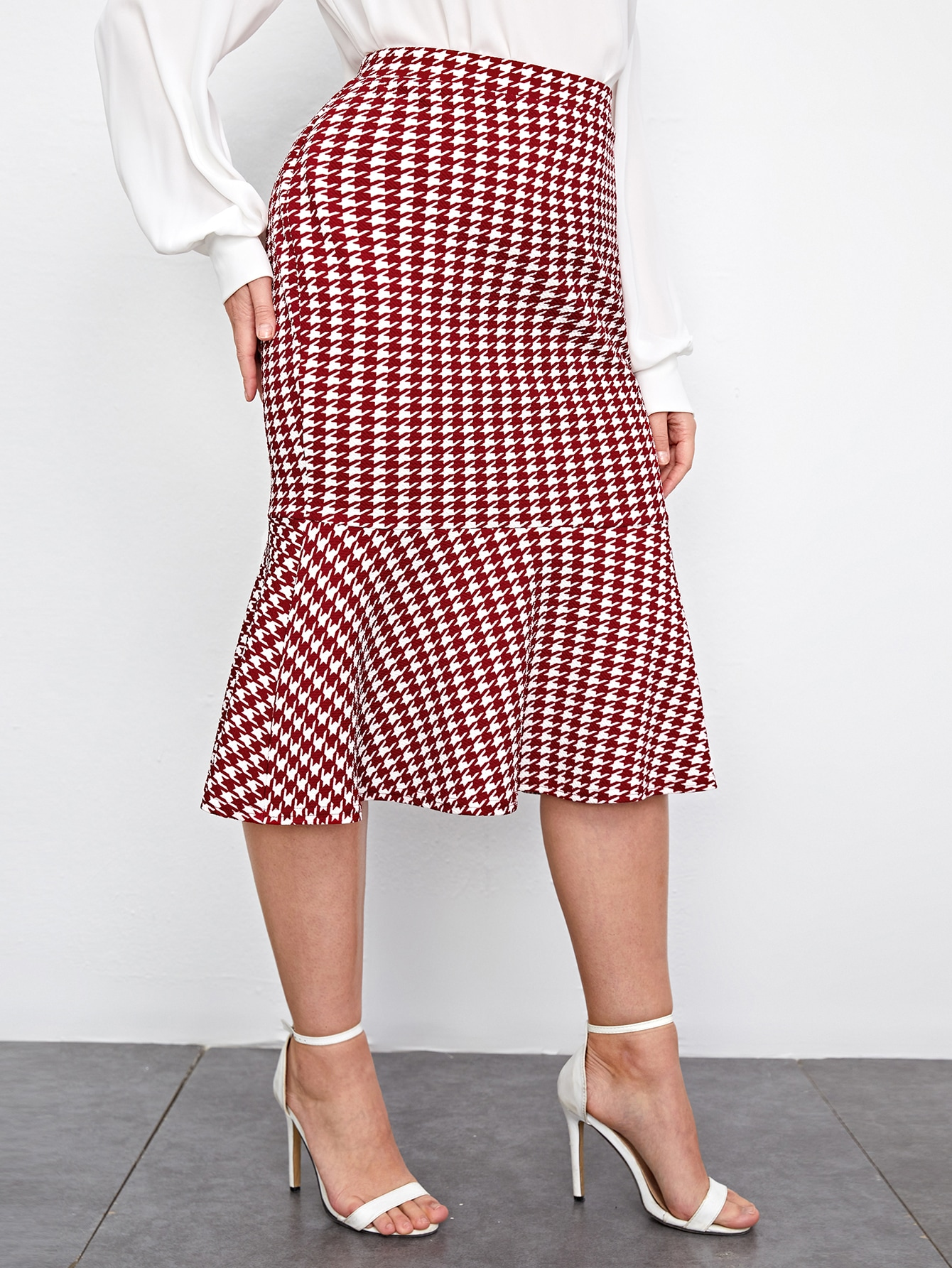 Plus Ruffle Hem Houndstooth Skirt thumbnail
