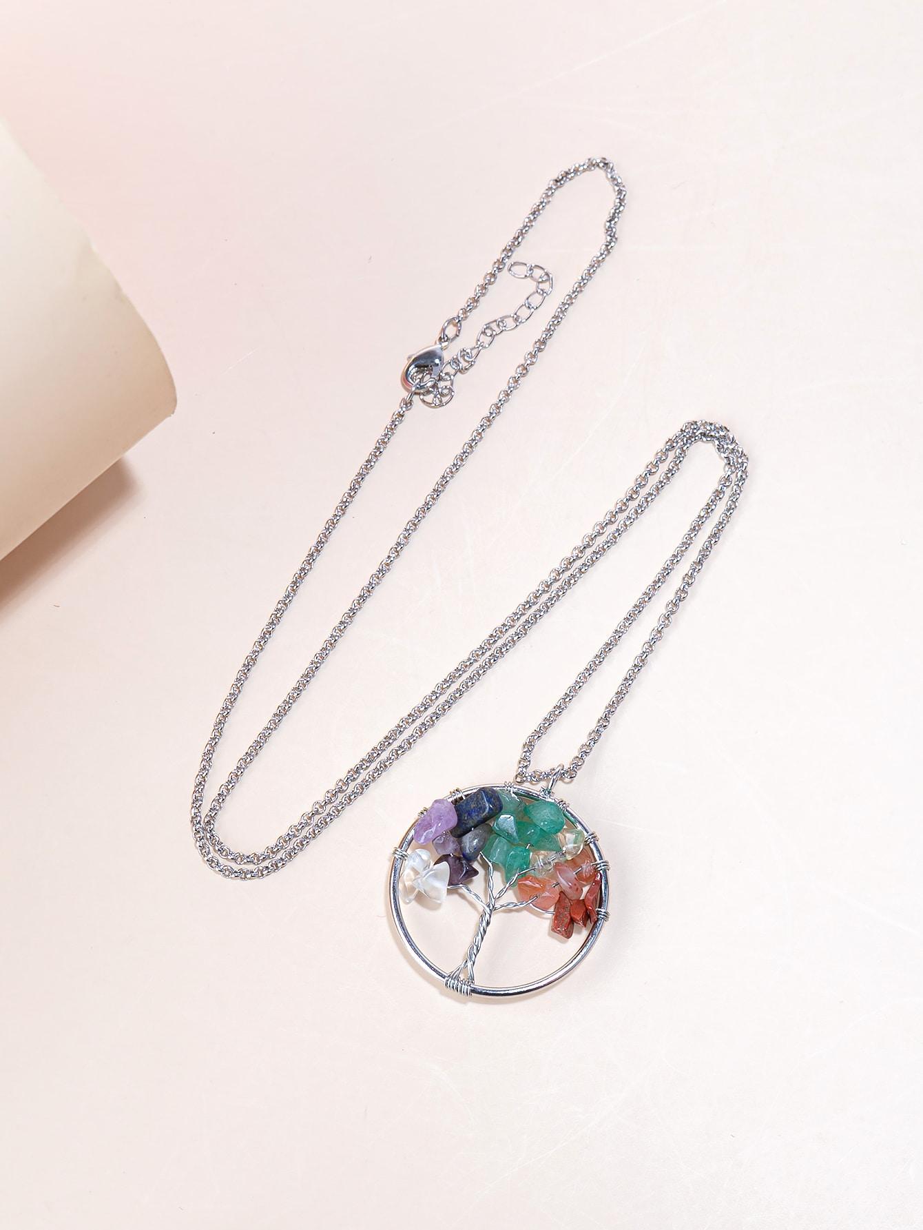 Stone Decor Round Charm Necklace thumbnail