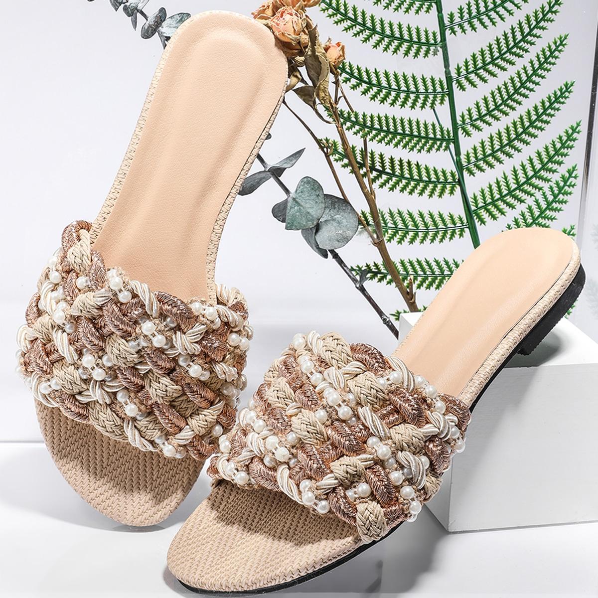Плетеные сандалии с искусственными жемчугами