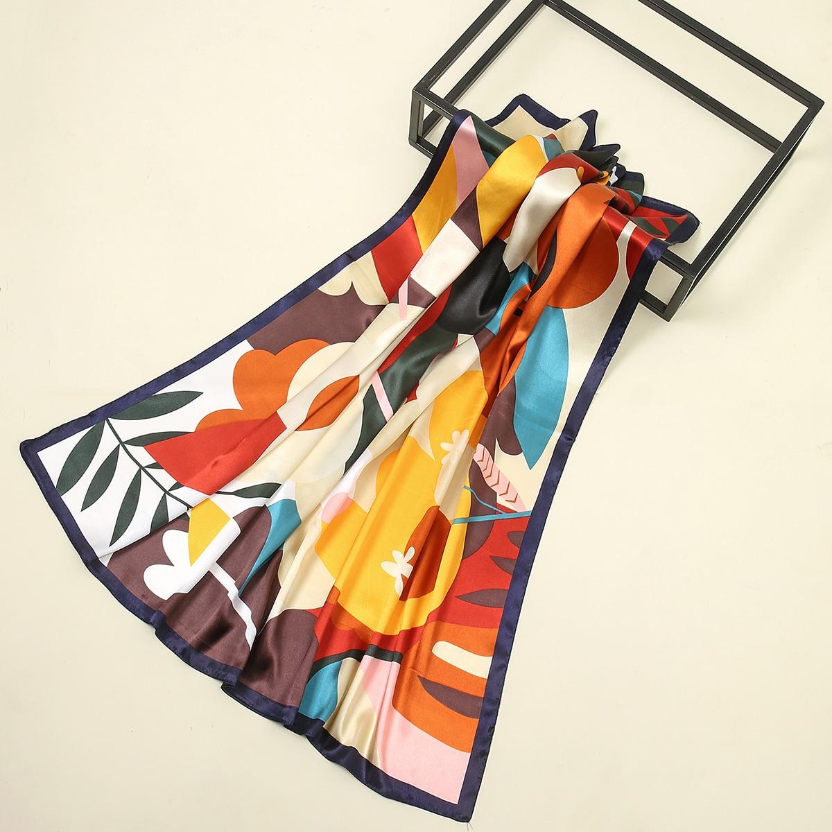 SHEIN / Leaf Print Colorblock Scarf