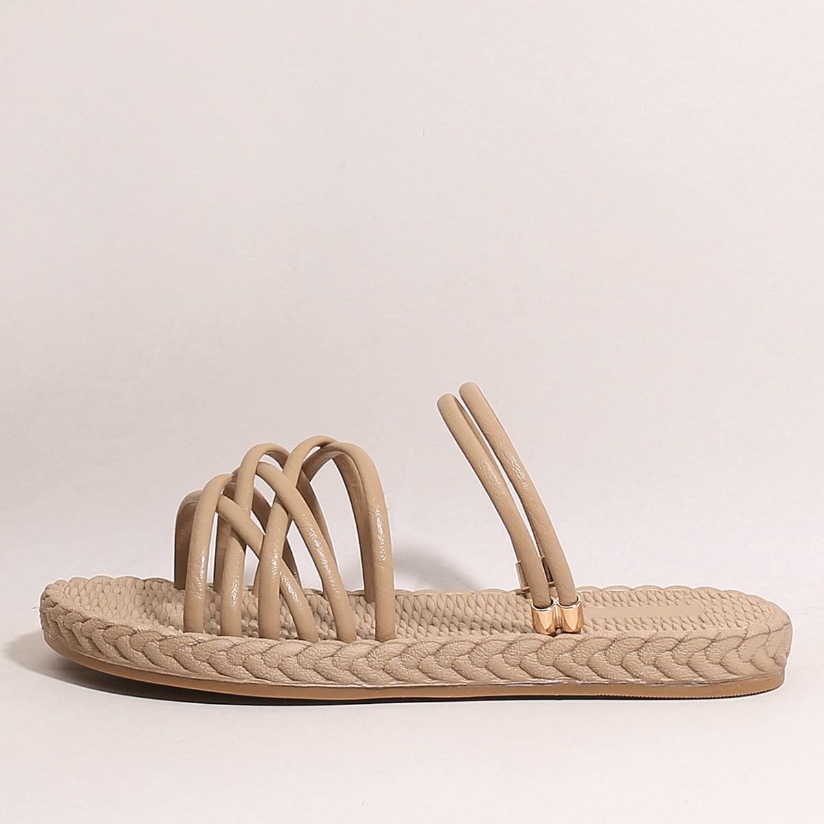Lattice Detail Two Way Wear Slide Sandals