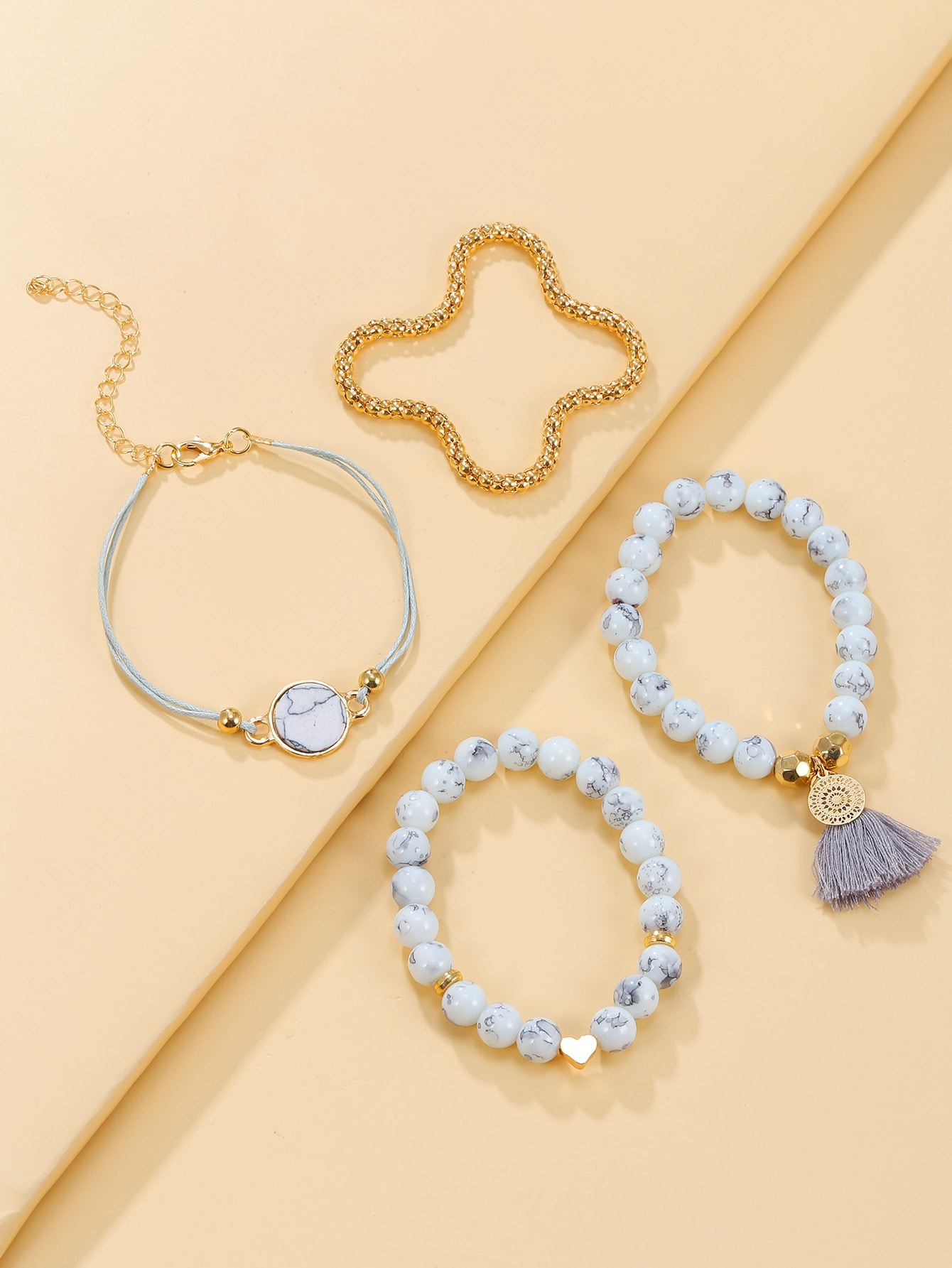 4pcs Heart & Tassel Decor Bracelet thumbnail