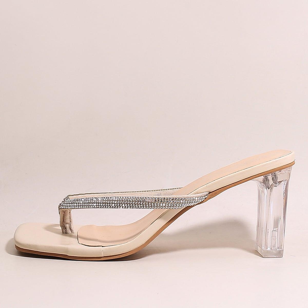 Сандалии на прозрачном каблуке со стразами