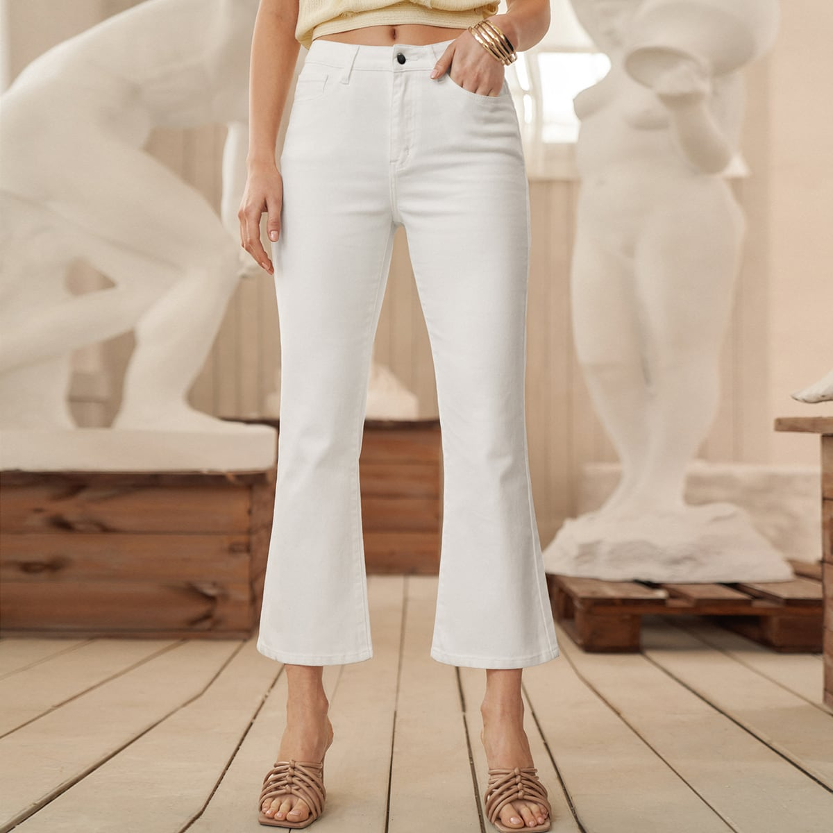 Короткие джинсы