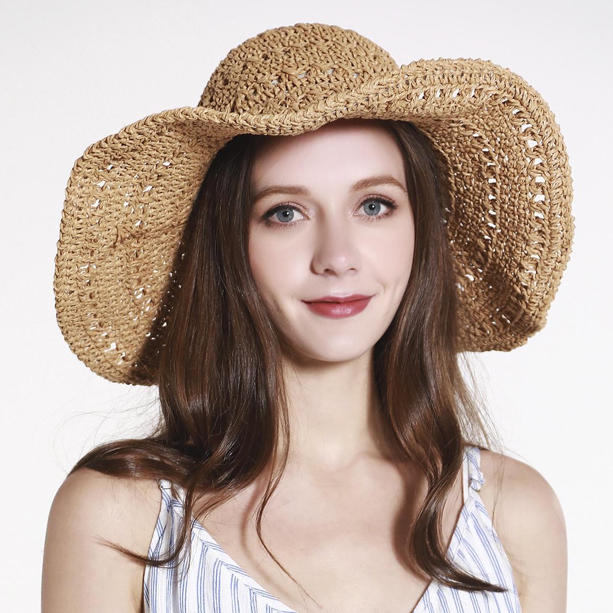 Широкополая шляпа от солнца