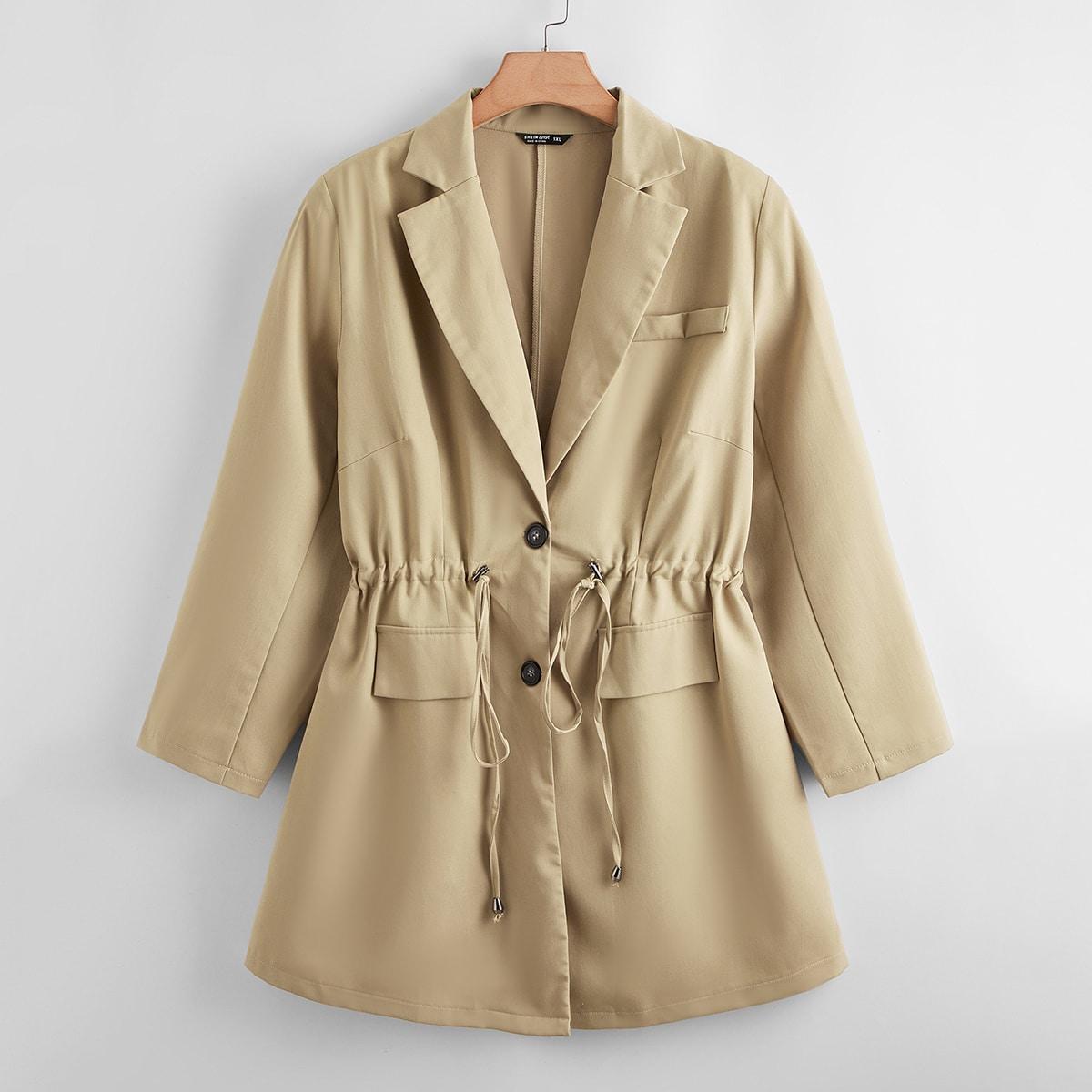 Пальто размера плюс на кулиске