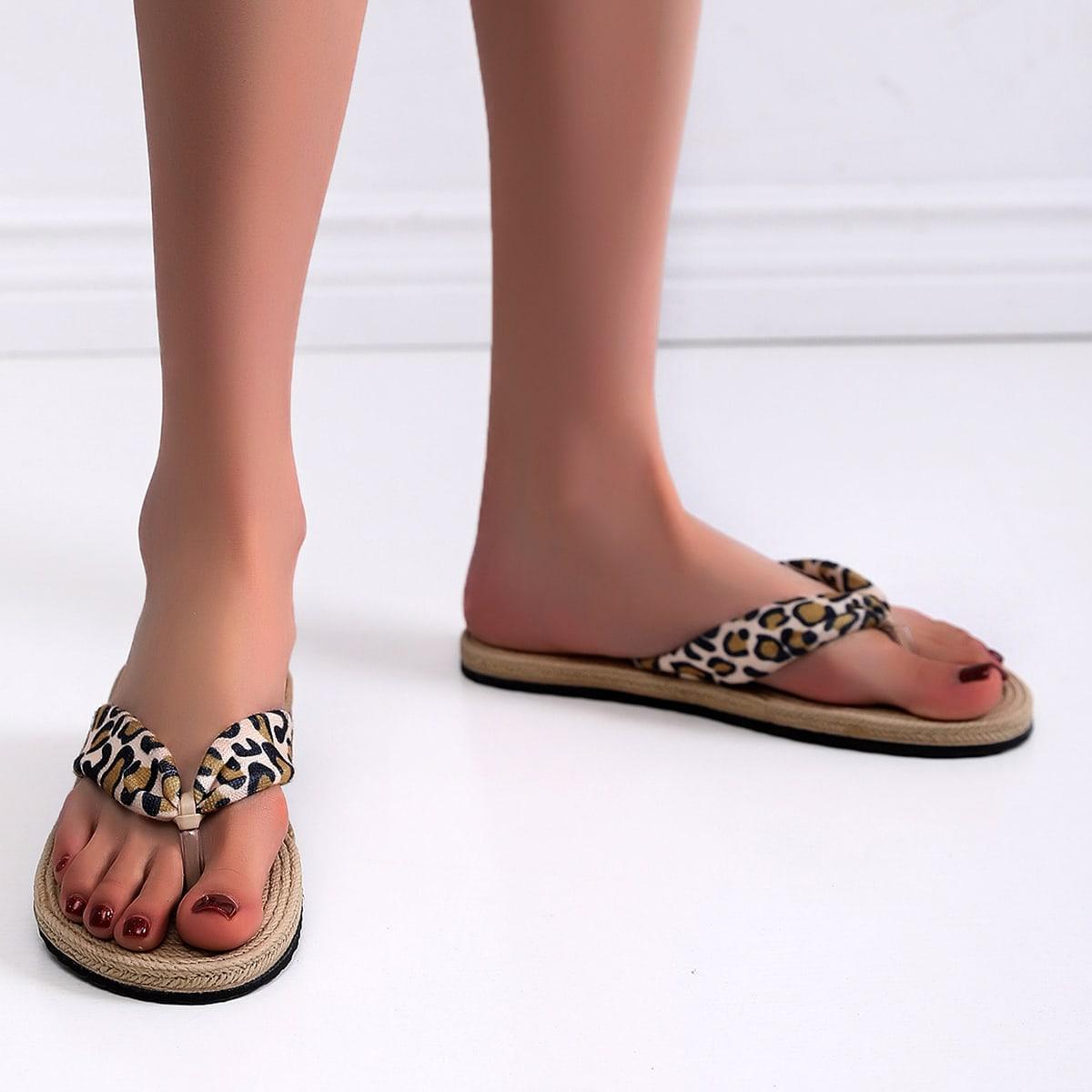 Вьетнамки с леопардовым принтом SheIn swshoes18201231323