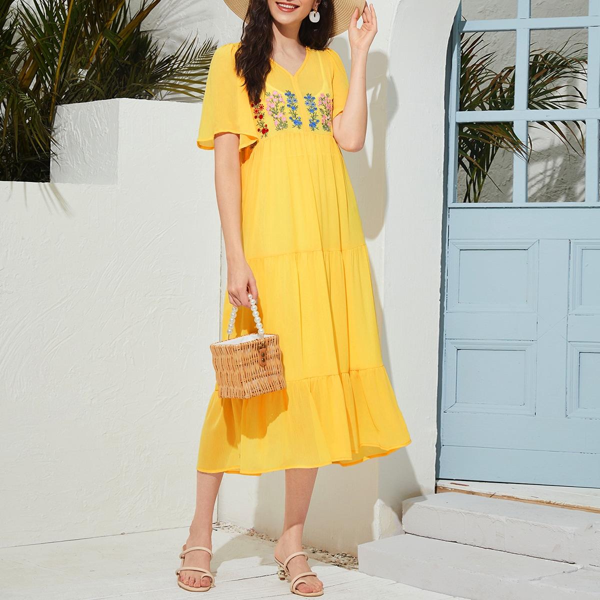 с вышивкой Цветочный принт Бохо Платье
