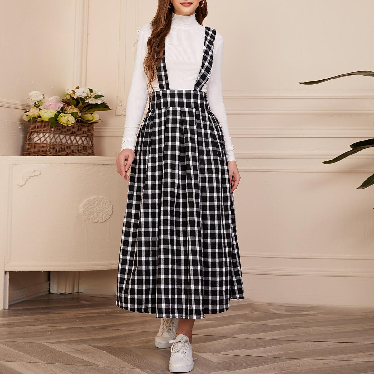 Платье с широкой талией и складками