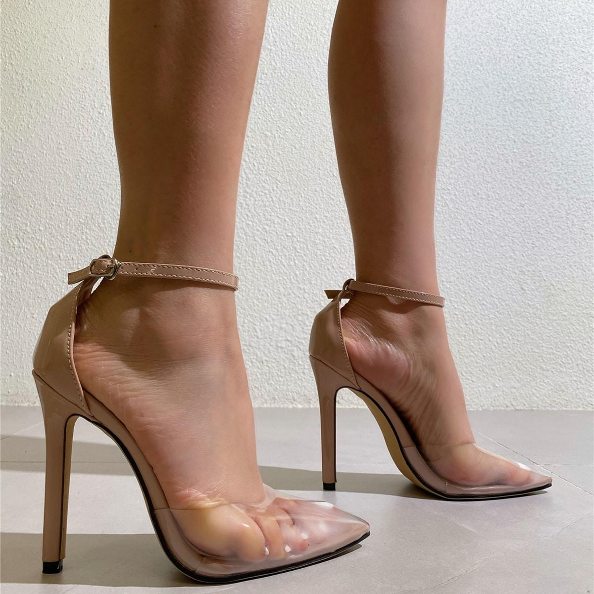 Прозрачные туфли на каблуках