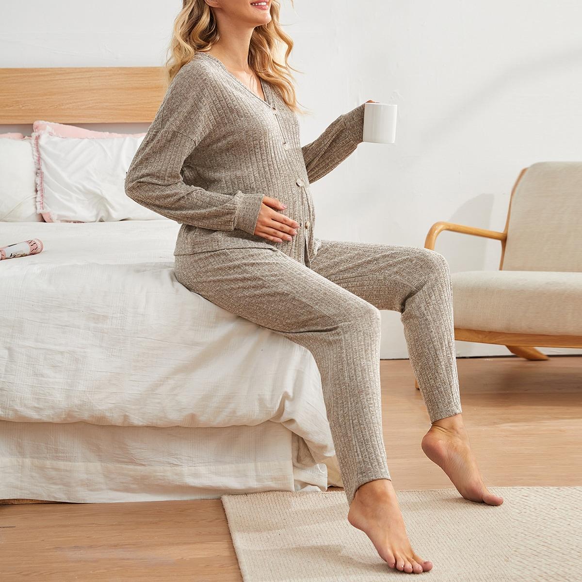Rippenstrick Pyjama Set mit Knöpfen vorne