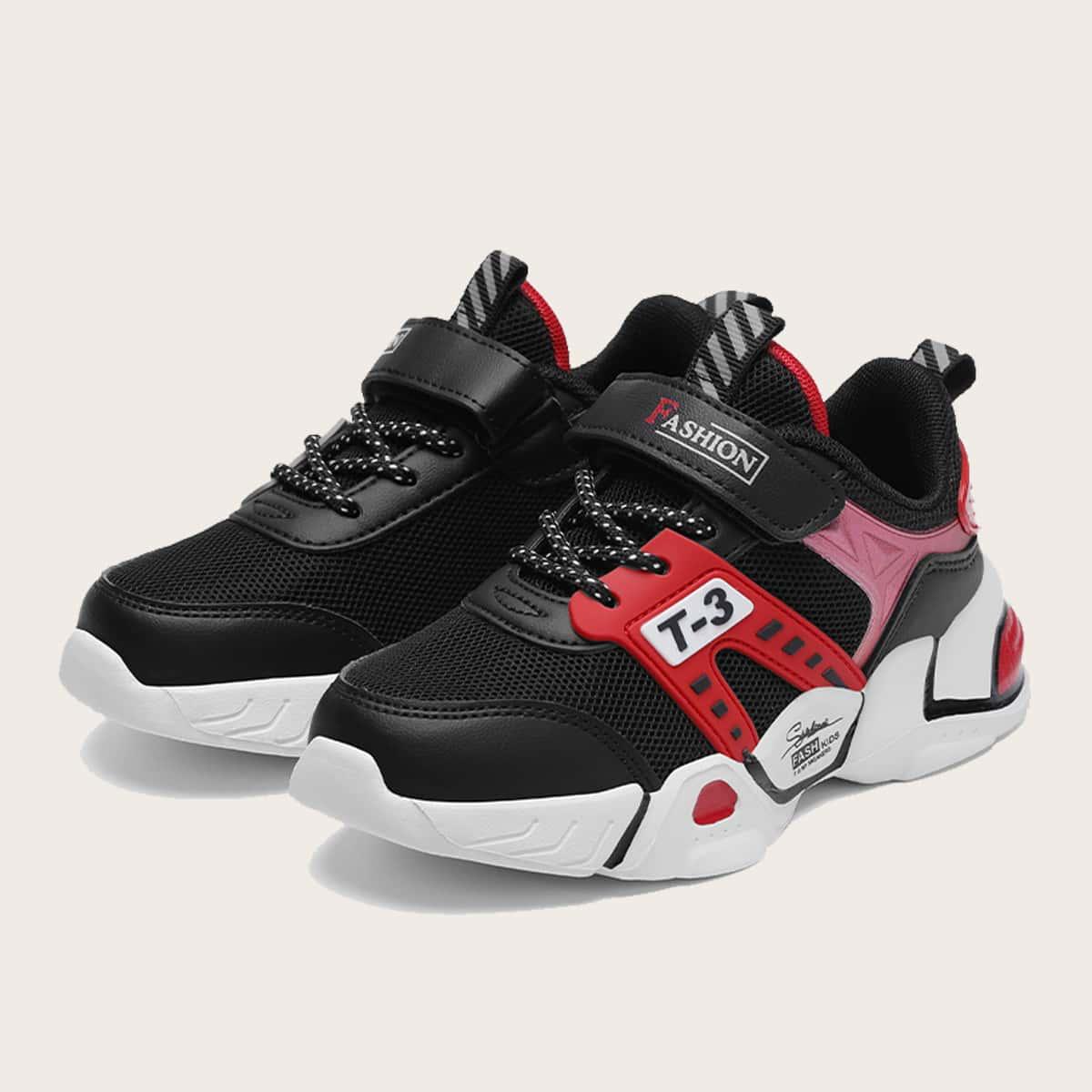Контрастные сетчатые кроссовки для мальчиков от SHEIN