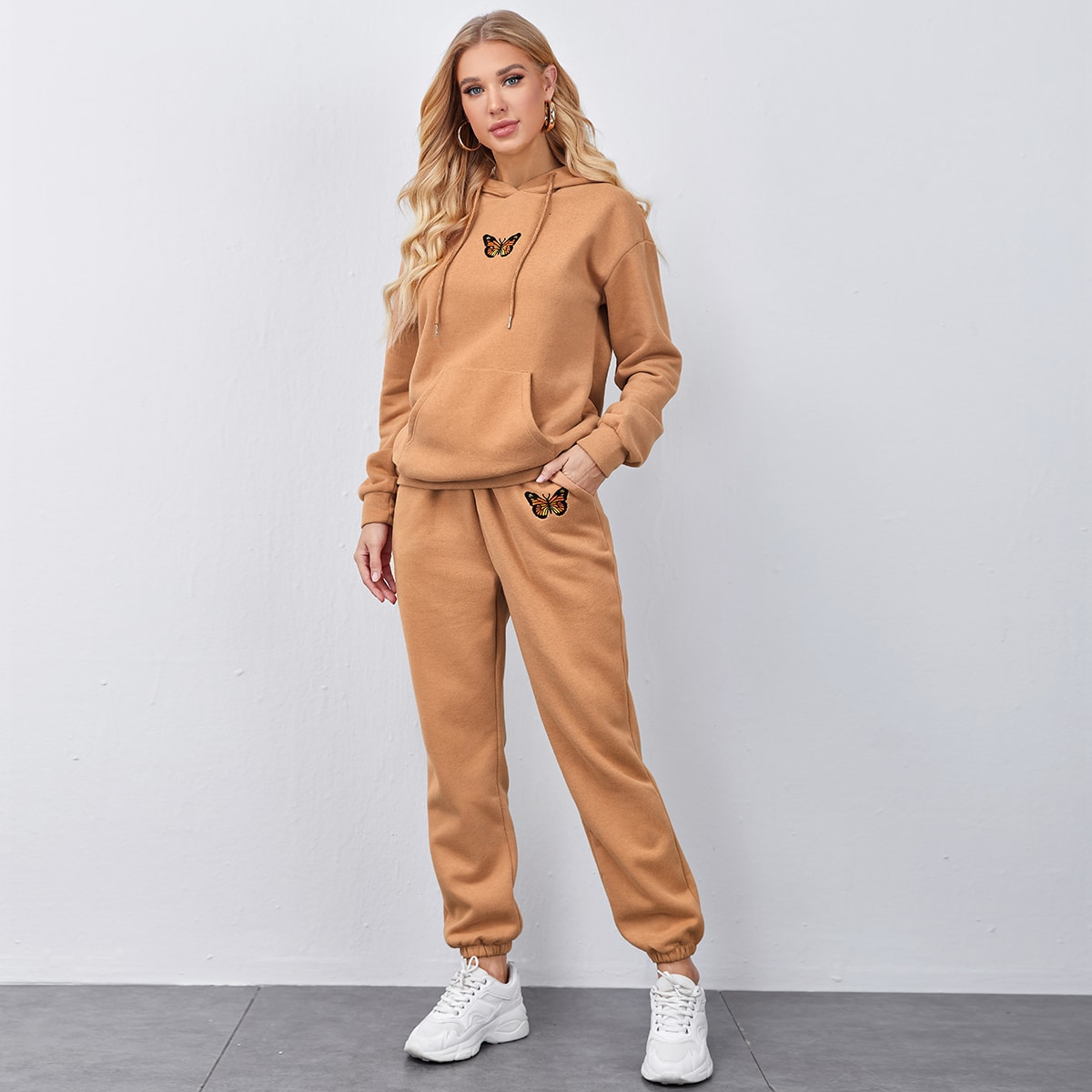 Butterfly Embroidery Pouch Pocket Hoodie & Sweatpants Set