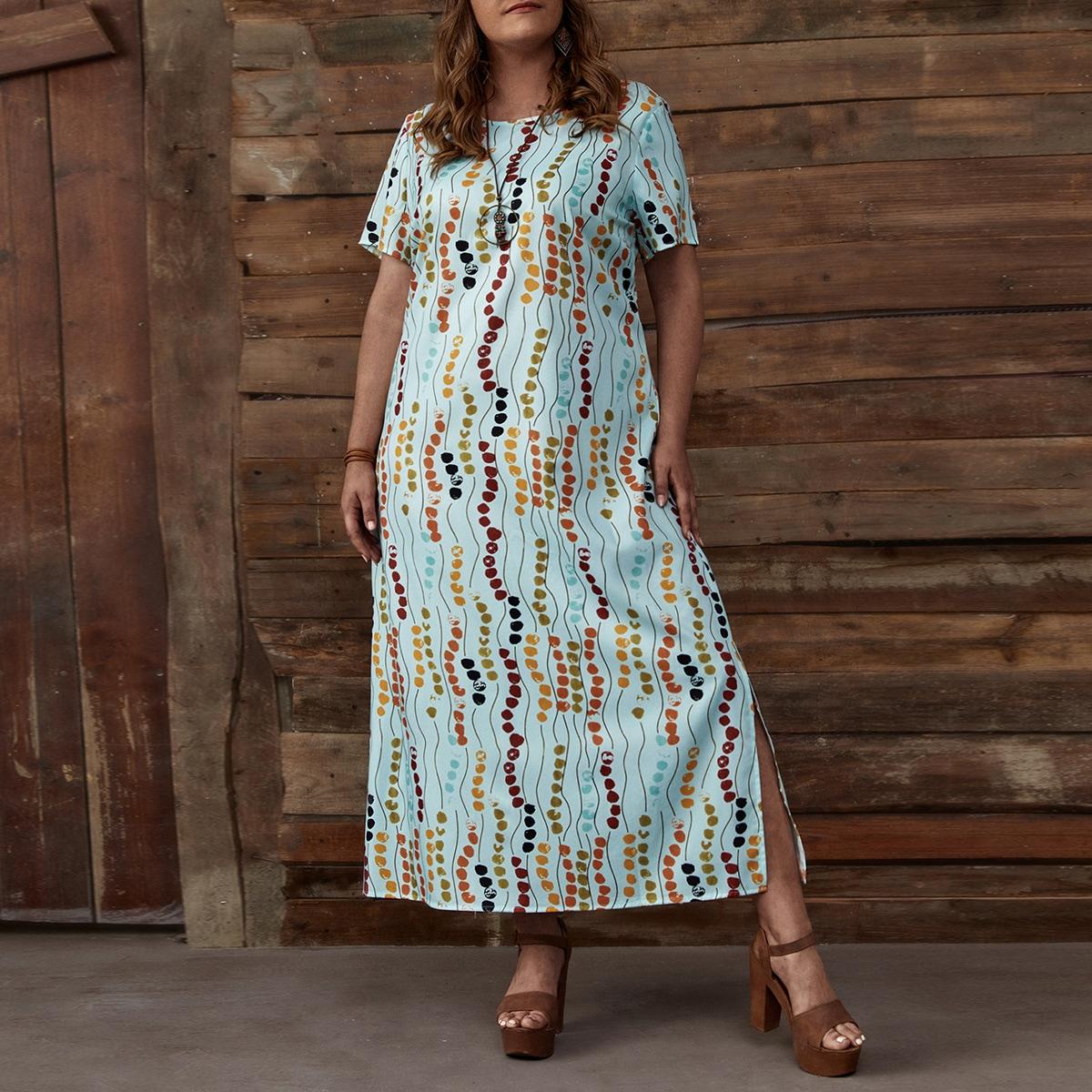 Платье размера плюс с принтом и разрезом