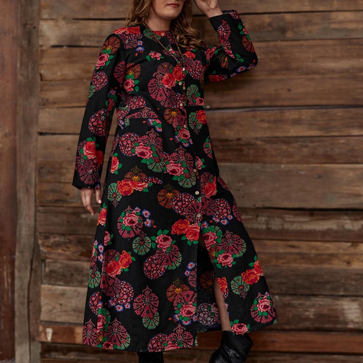 Платье размера плюс с пуговицами и цветочным принтом