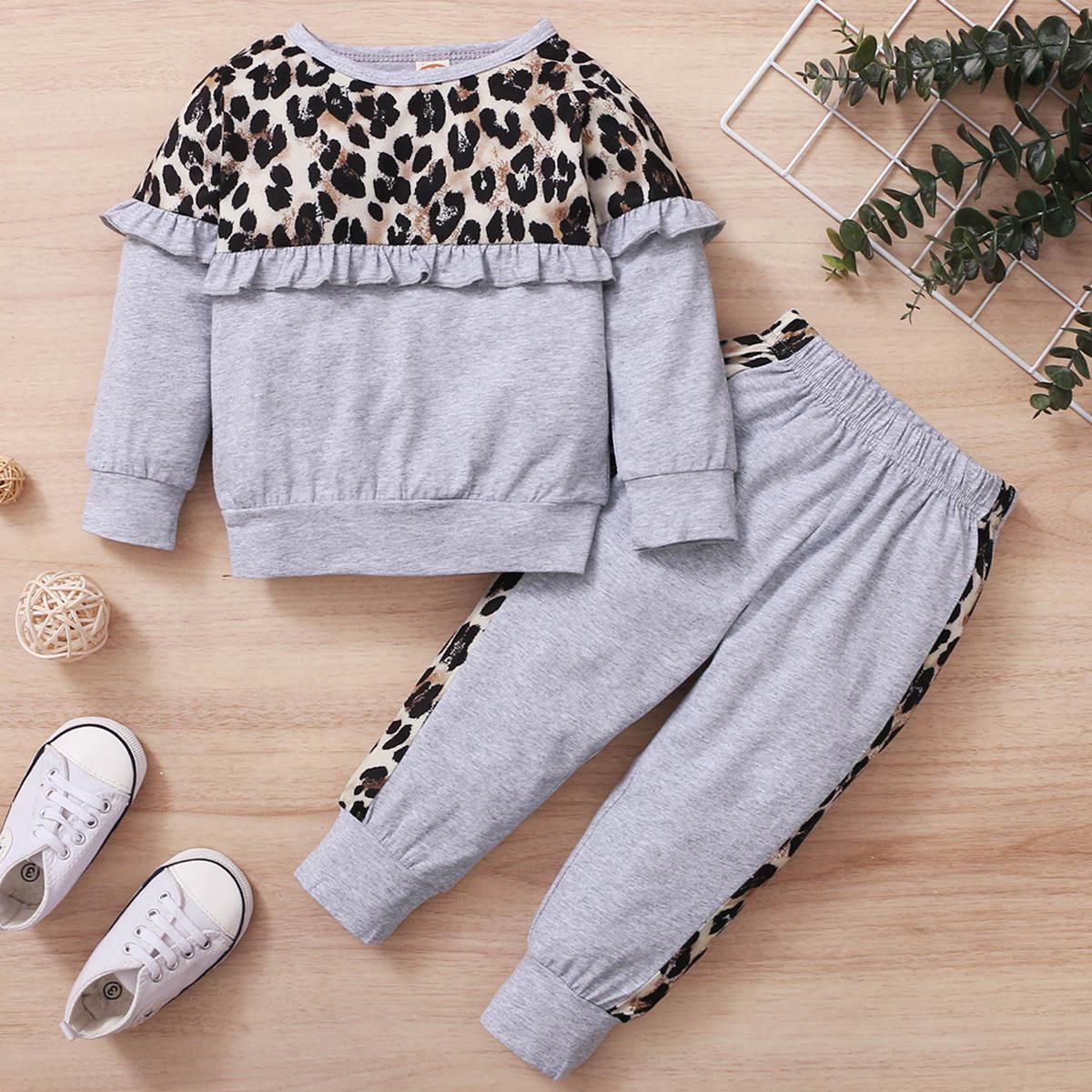 Контрастный свитшот и спортивные брюки с леопардовым принтом для девочек